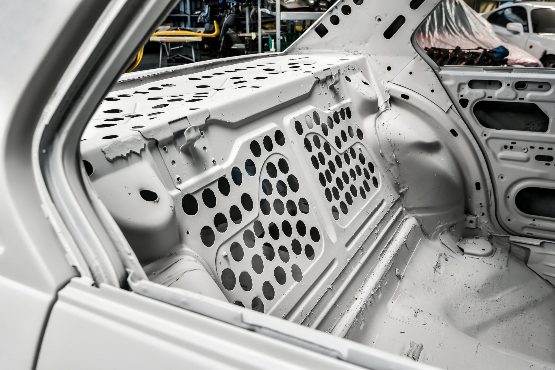BMW-530-MLE-Restoration-process-11