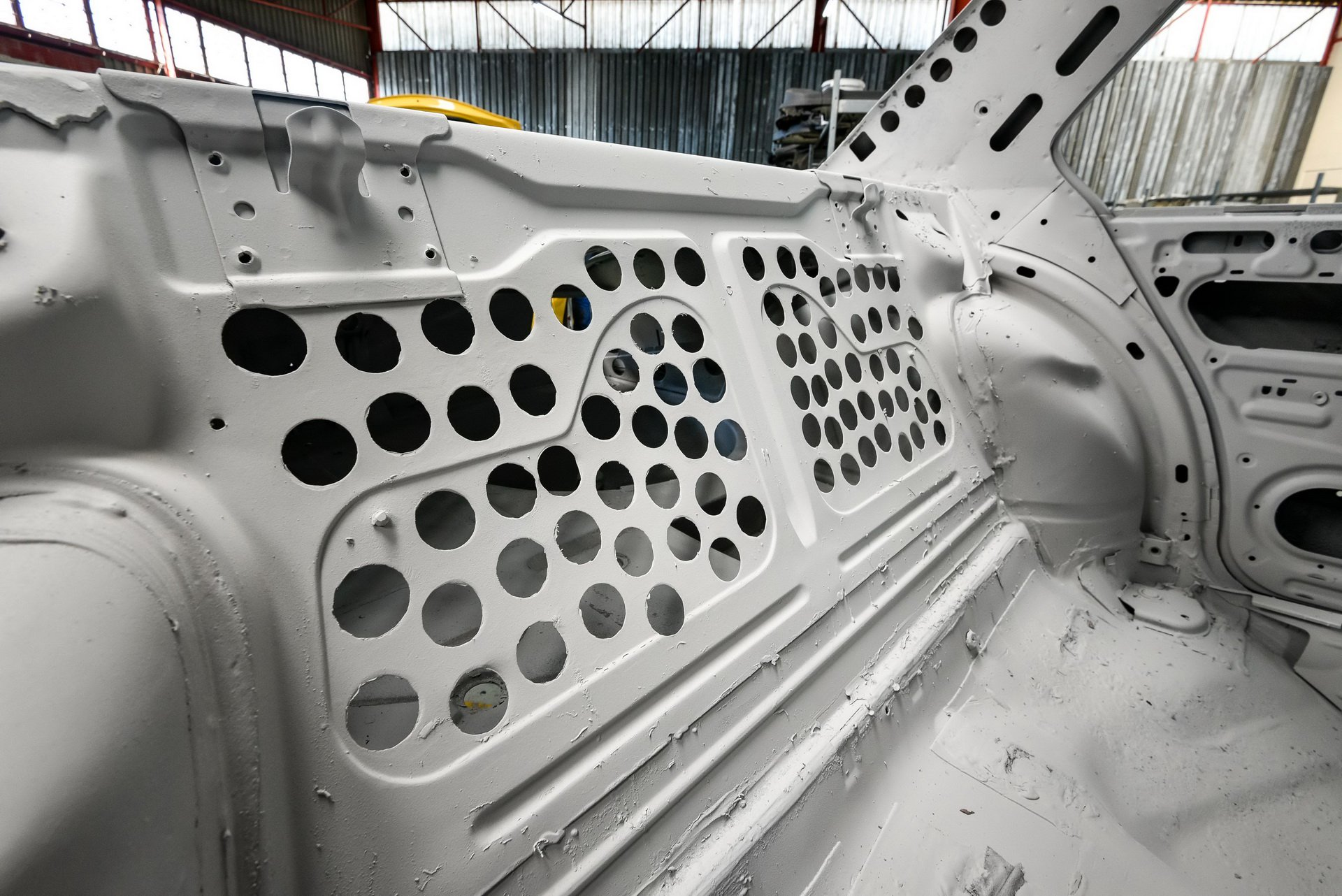 BMW-530-MLE-Restoration-process-14