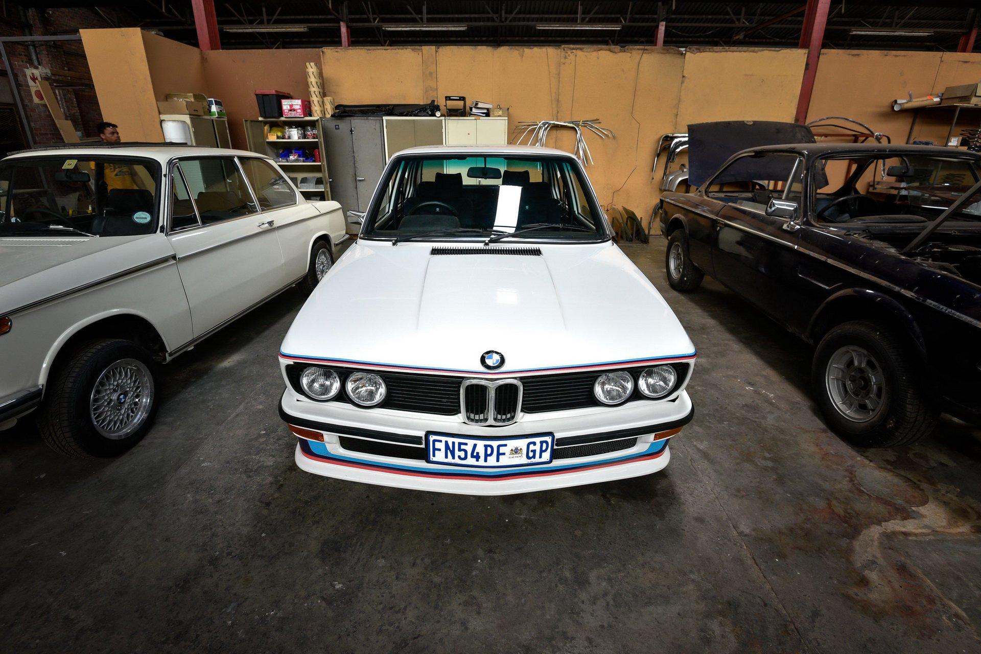 BMW-530-MLE-Restoration-process-195