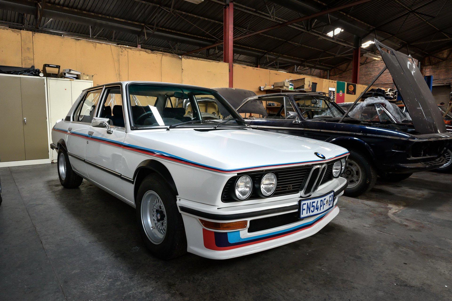 BMW-530-MLE-Restoration-process-197