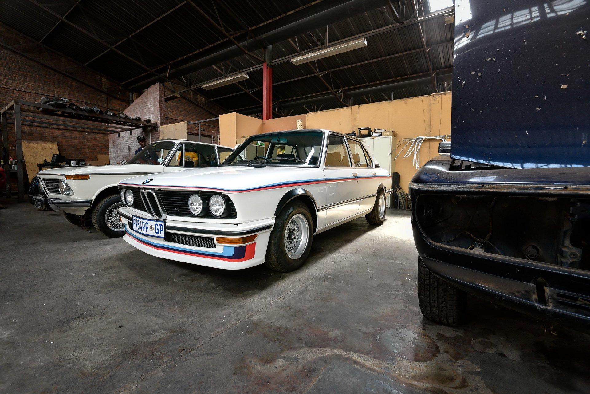 BMW-530-MLE-Restoration-process-198