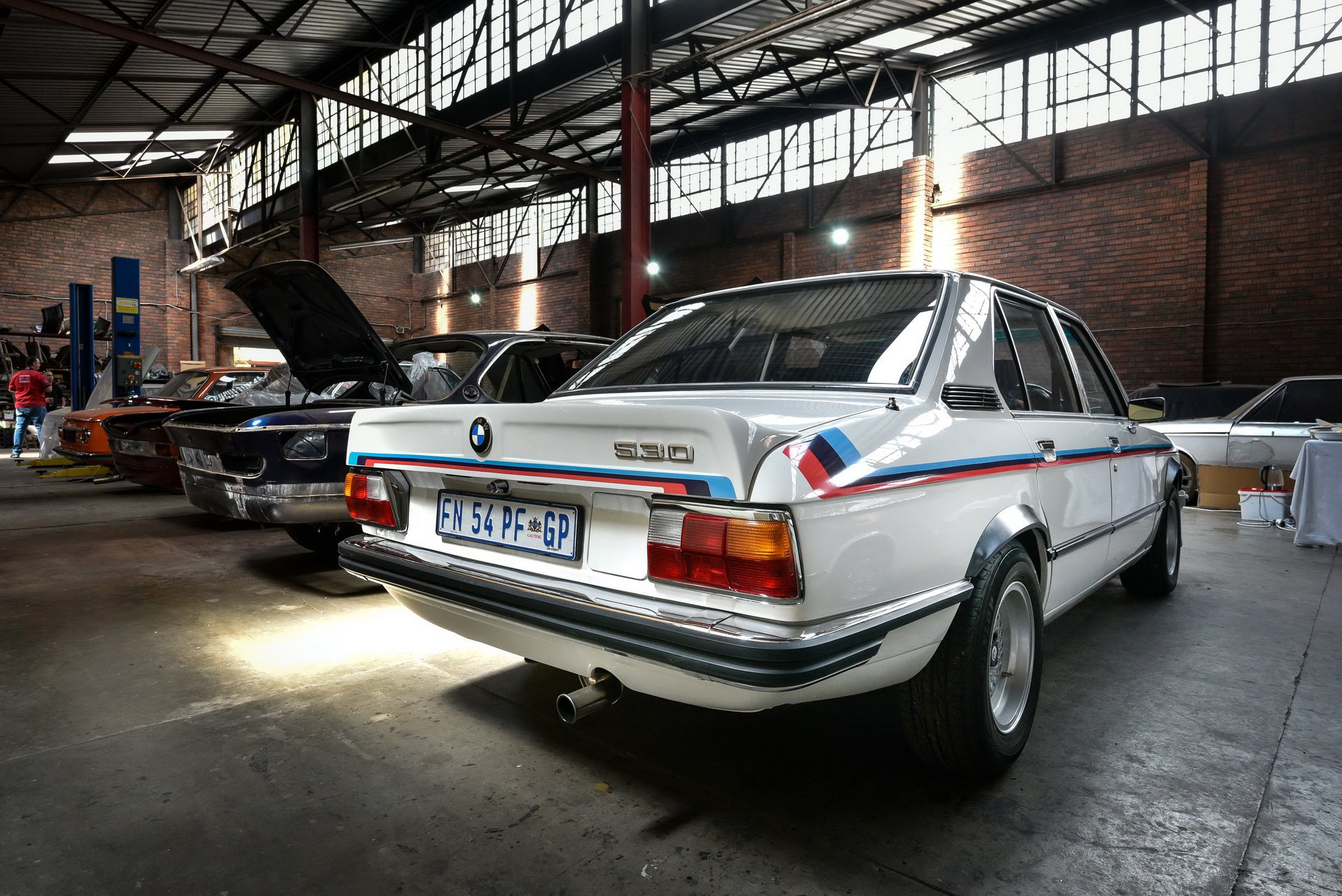 BMW-530-MLE-Restoration-process-203