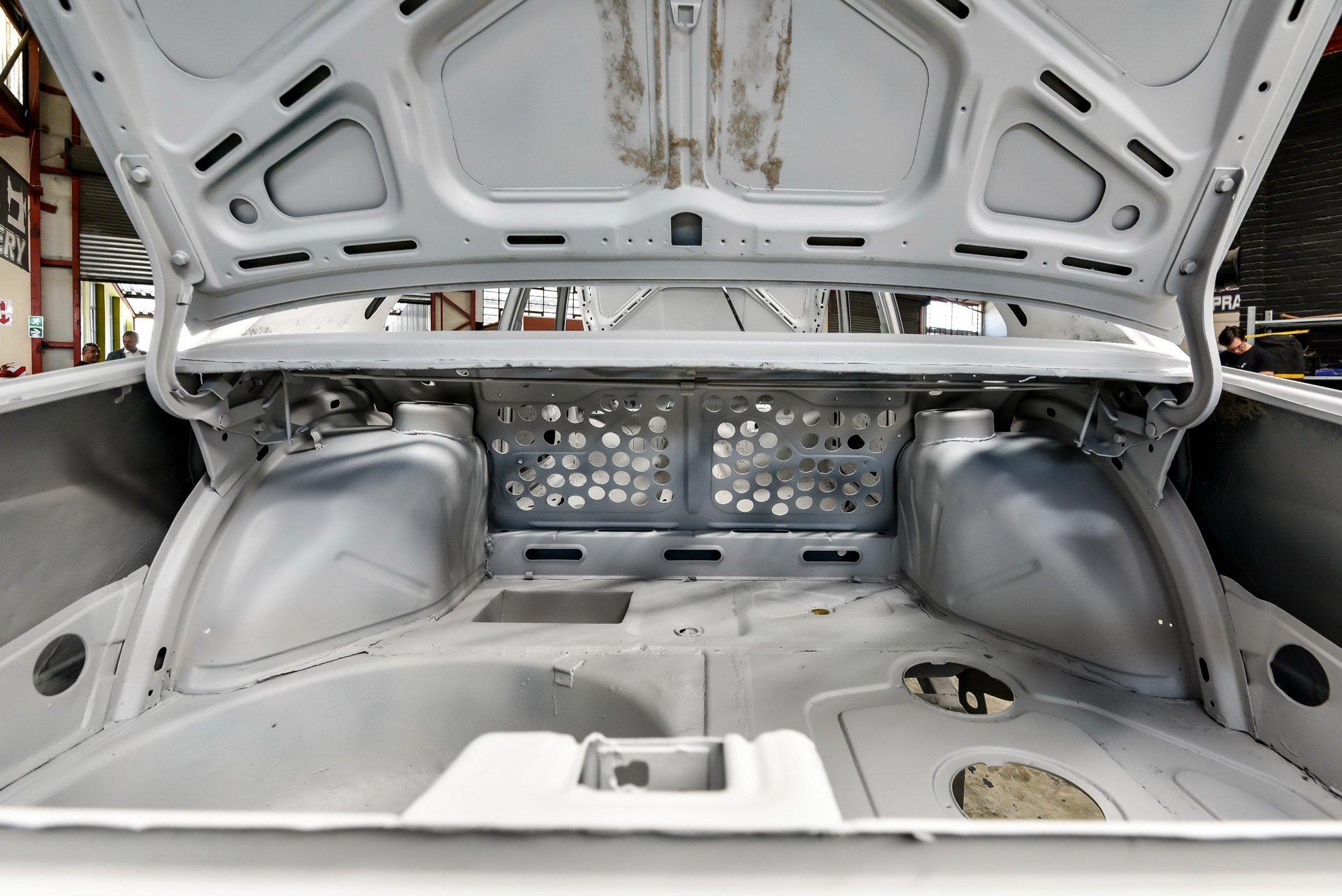 BMW-530-MLE-Restoration-process-21