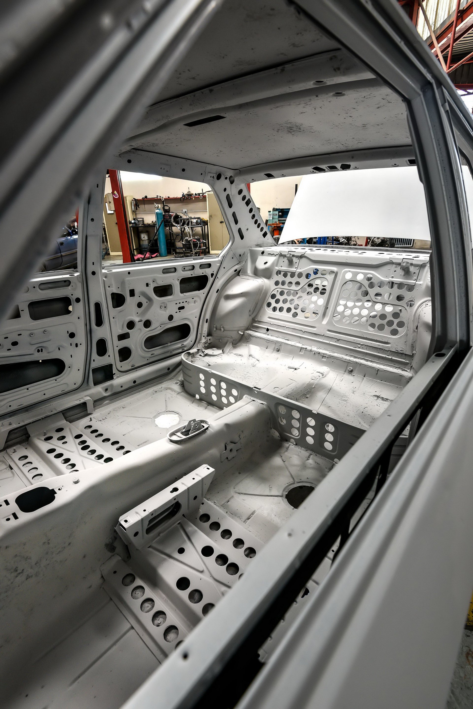 BMW-530-MLE-Restoration-process-25