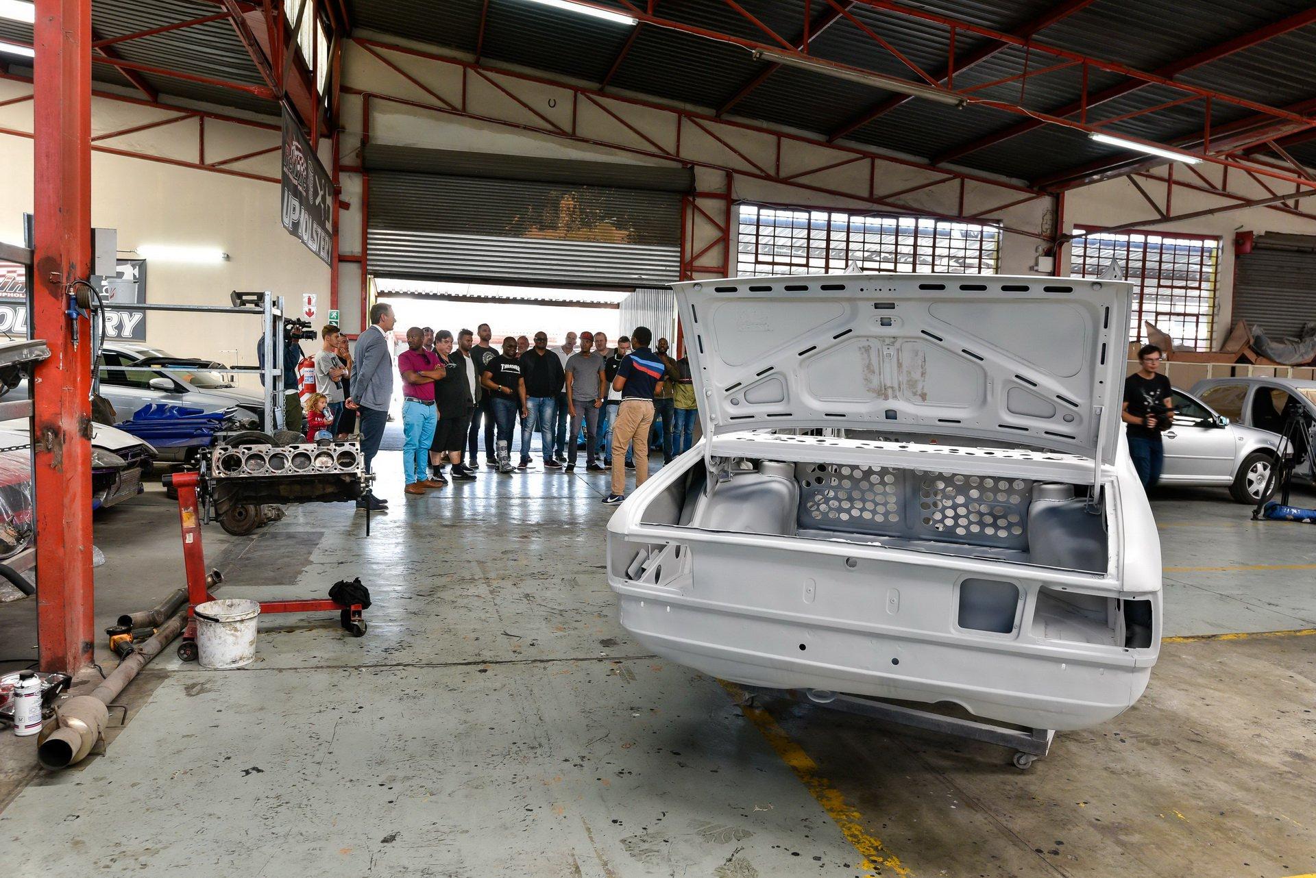 BMW-530-MLE-Restoration-process-30