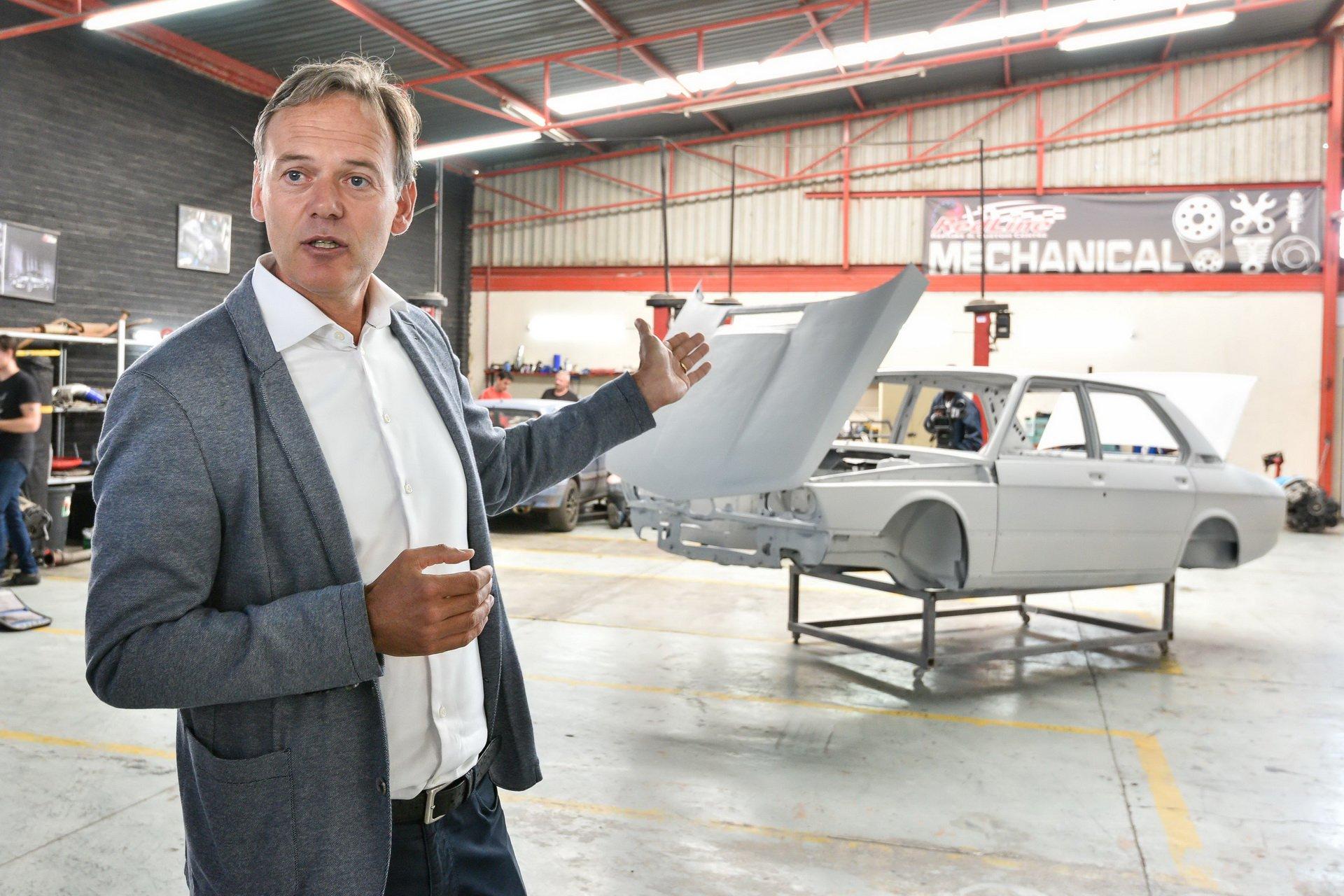 BMW-530-MLE-Restoration-process-38