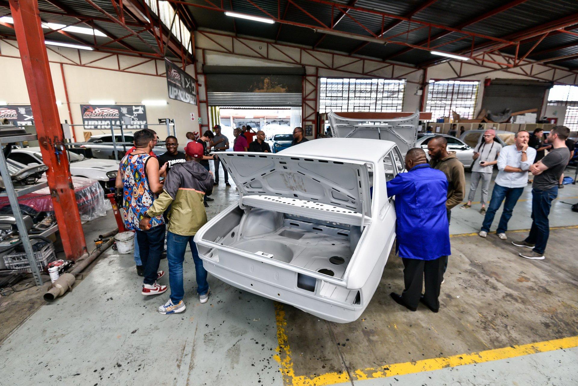 BMW-530-MLE-Restoration-process-62