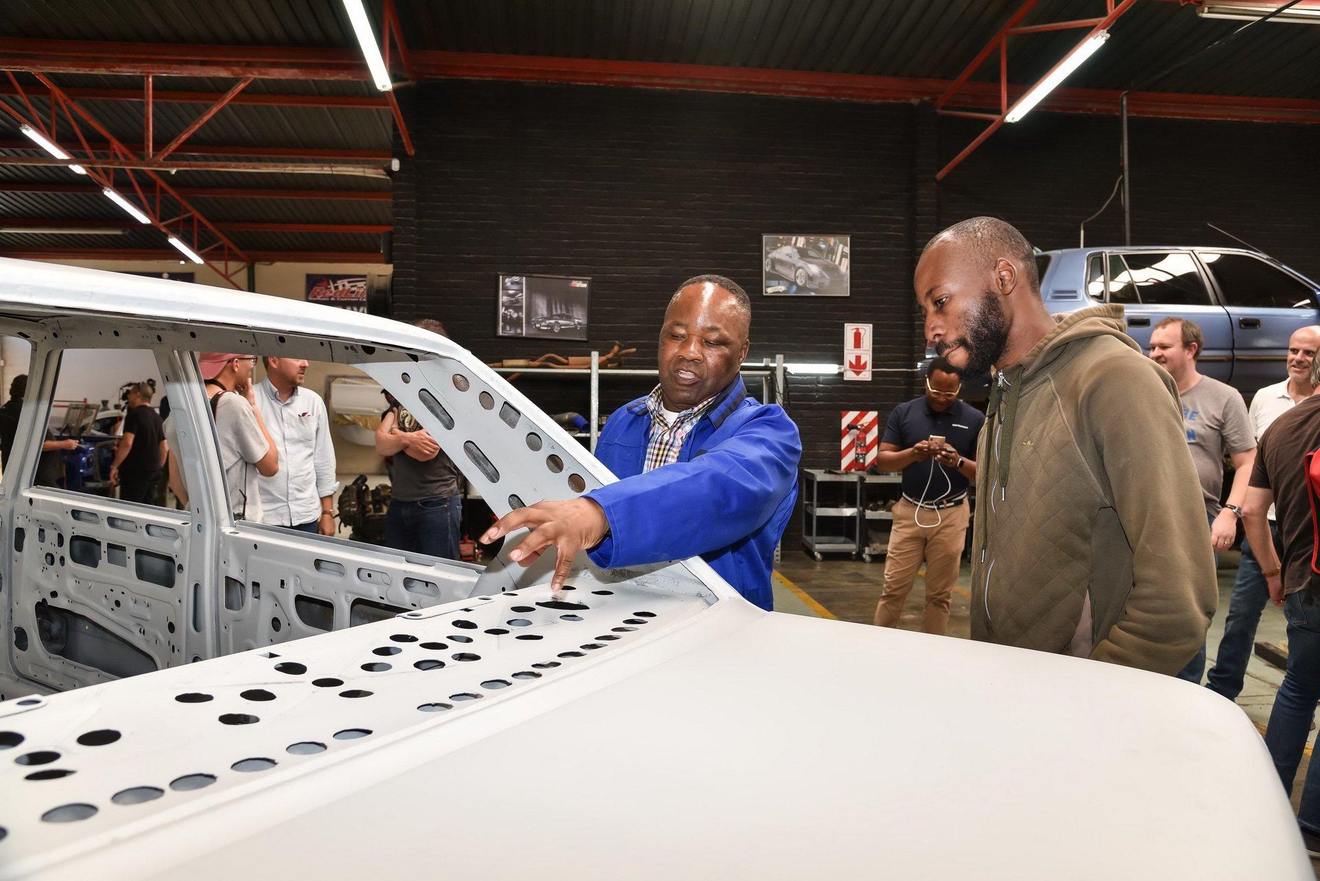 BMW-530-MLE-Restoration-process-66