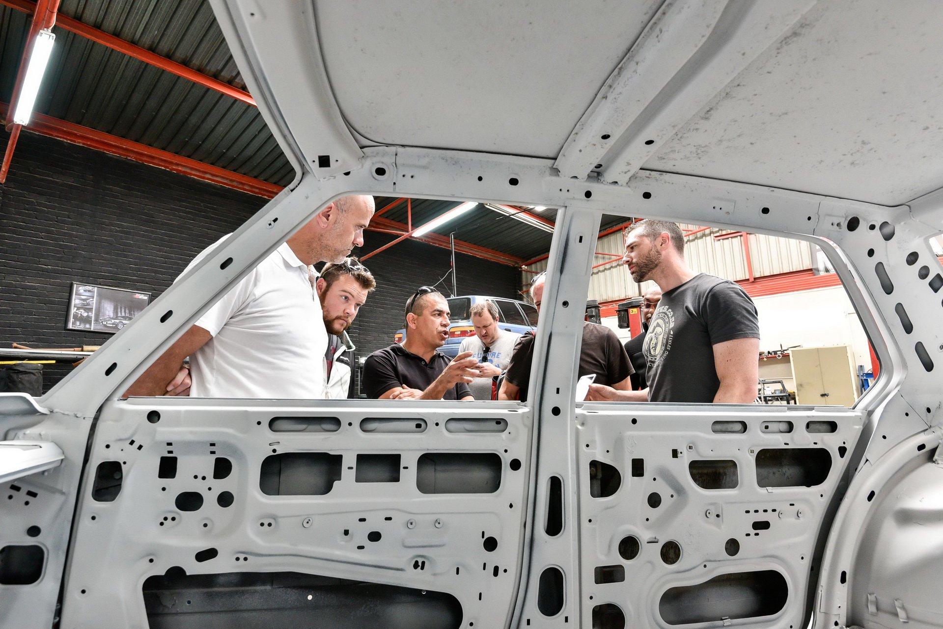 BMW-530-MLE-Restoration-process-87