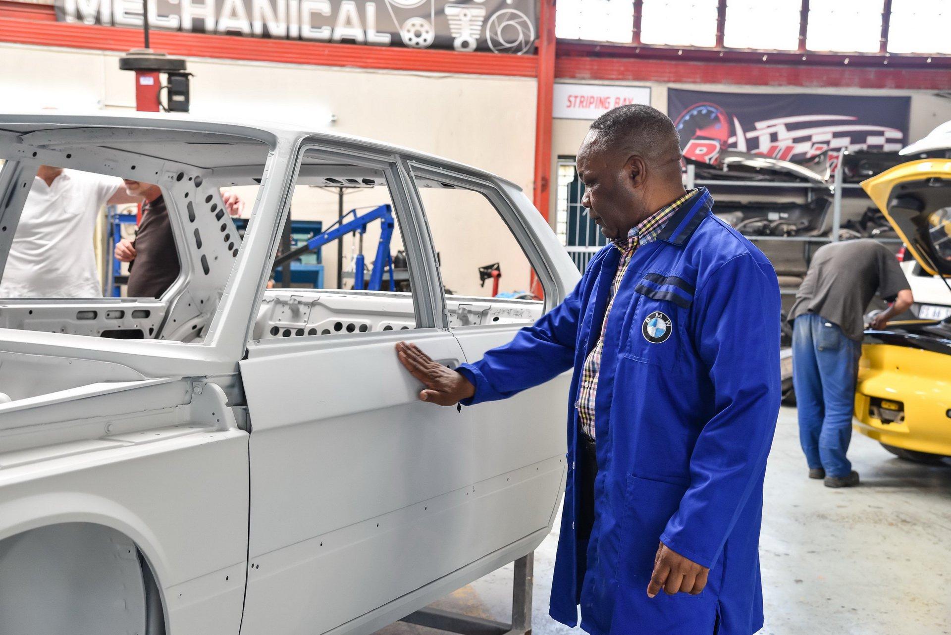 BMW-530-MLE-Restoration-process-95