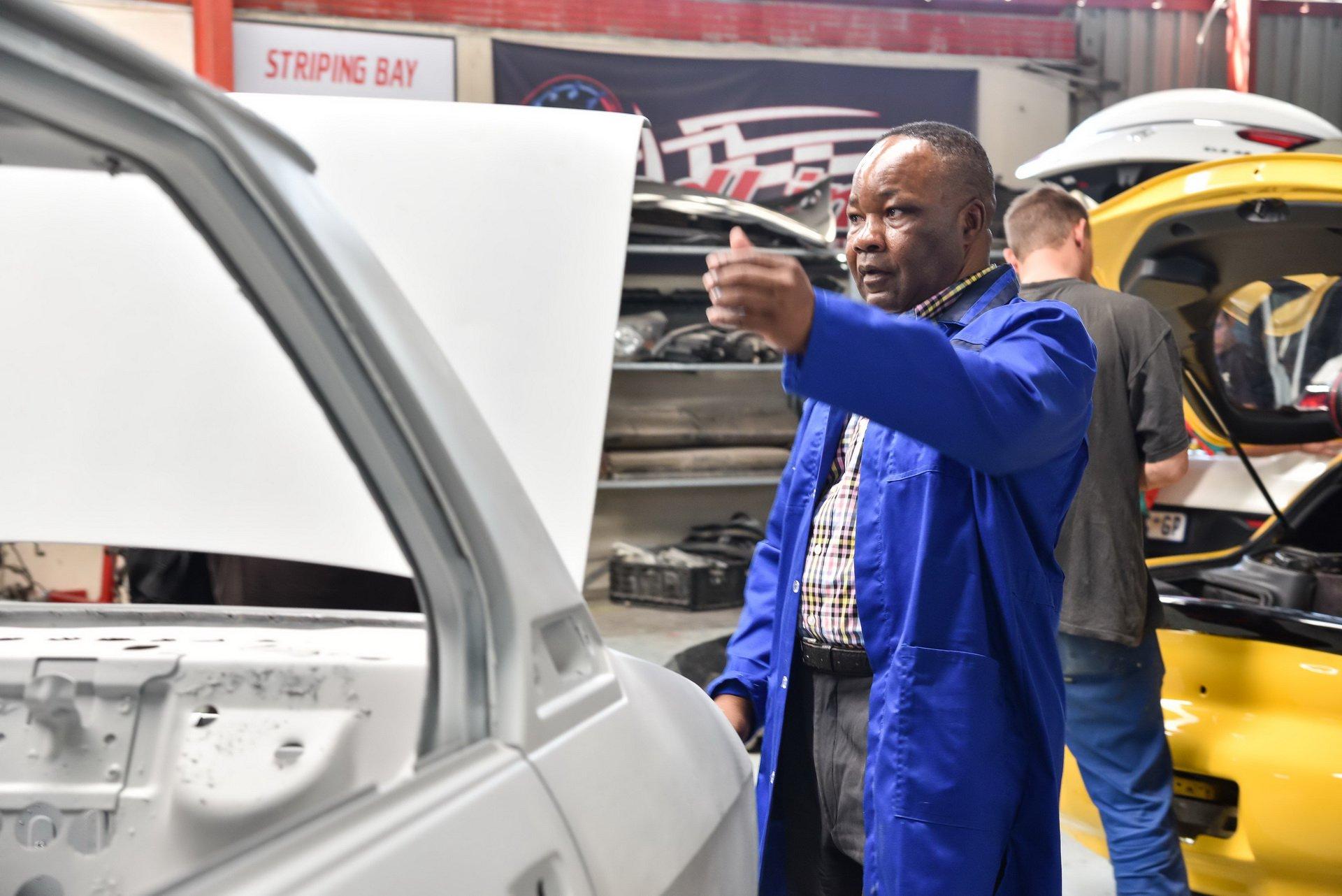 BMW-530-MLE-Restoration-process-96