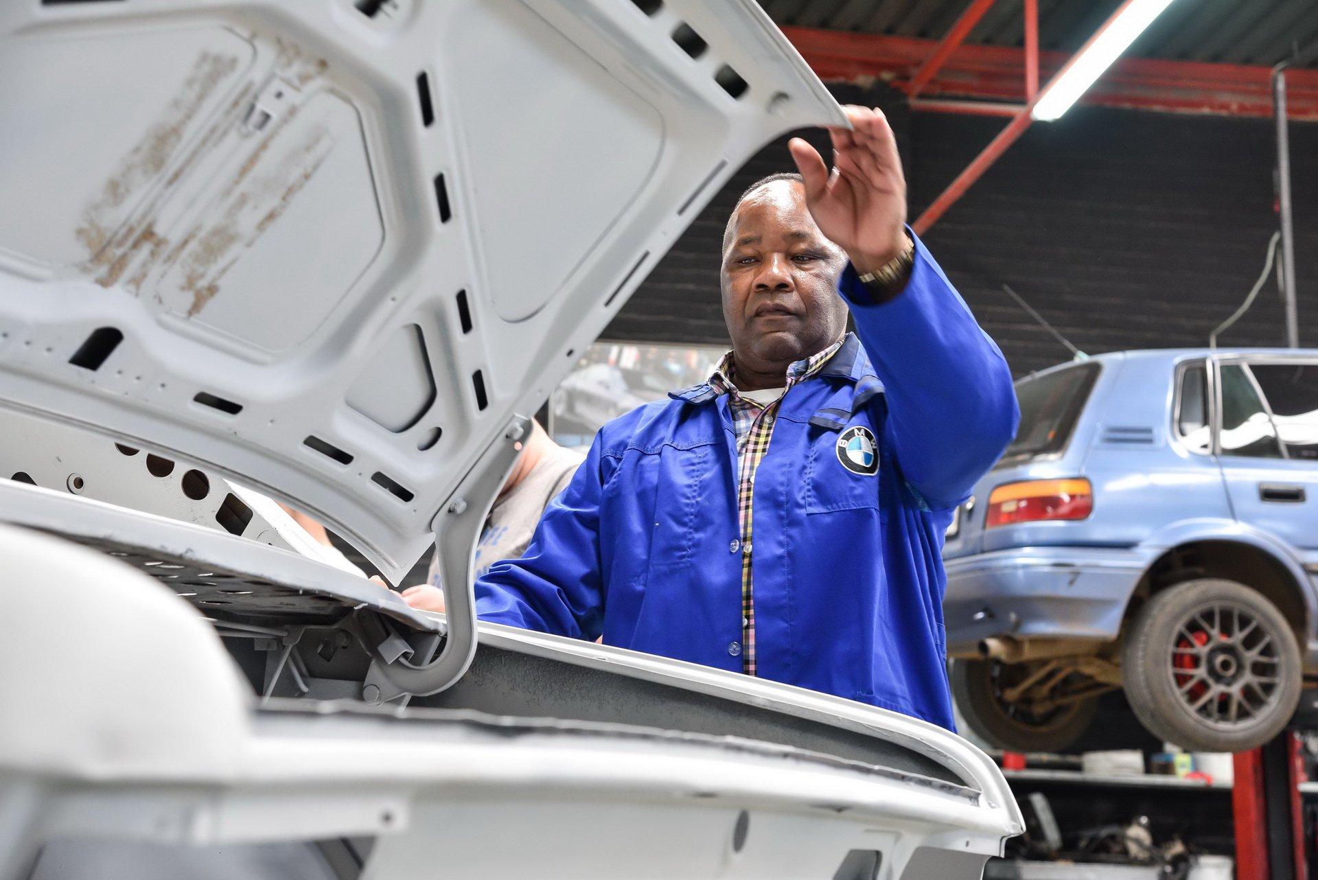 BMW-530-MLE-Restoration-process-97