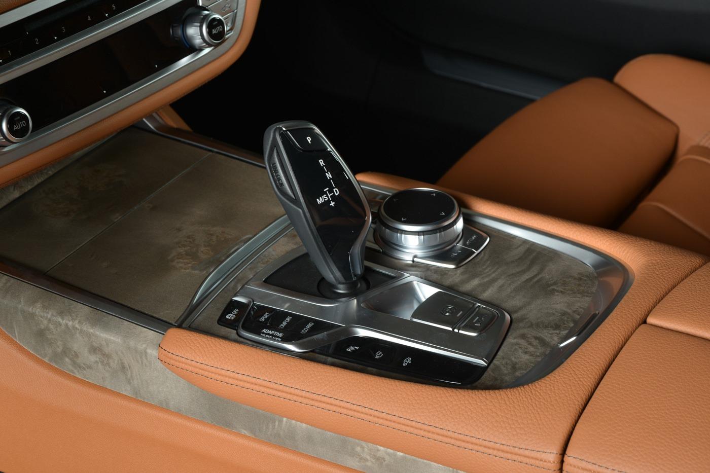 BMW-7-Series-730Li-M-Sport-Package-in-Austin-Yellow-11