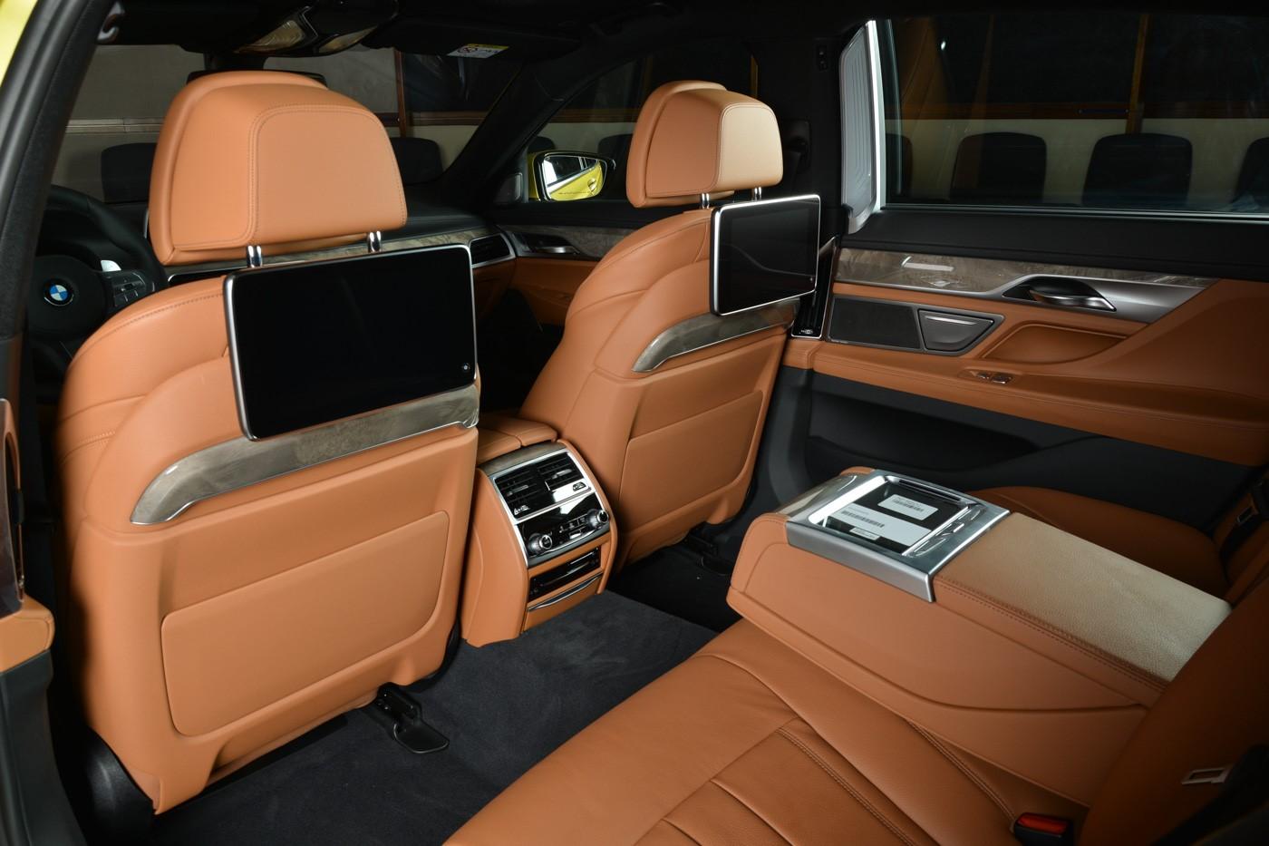 BMW-7-Series-730Li-M-Sport-Package-in-Austin-Yellow-12