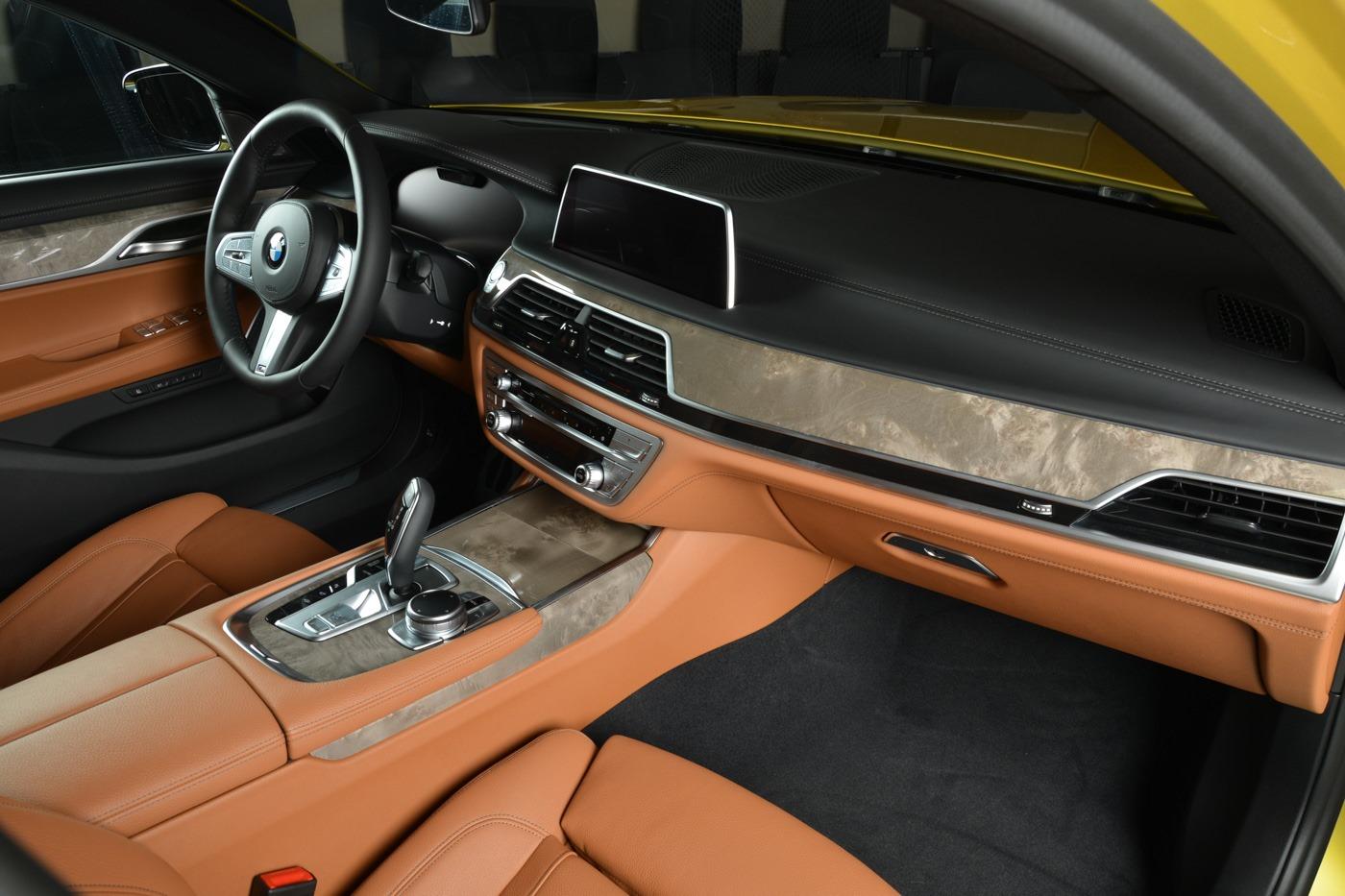 BMW-7-Series-730Li-M-Sport-Package-in-Austin-Yellow-9