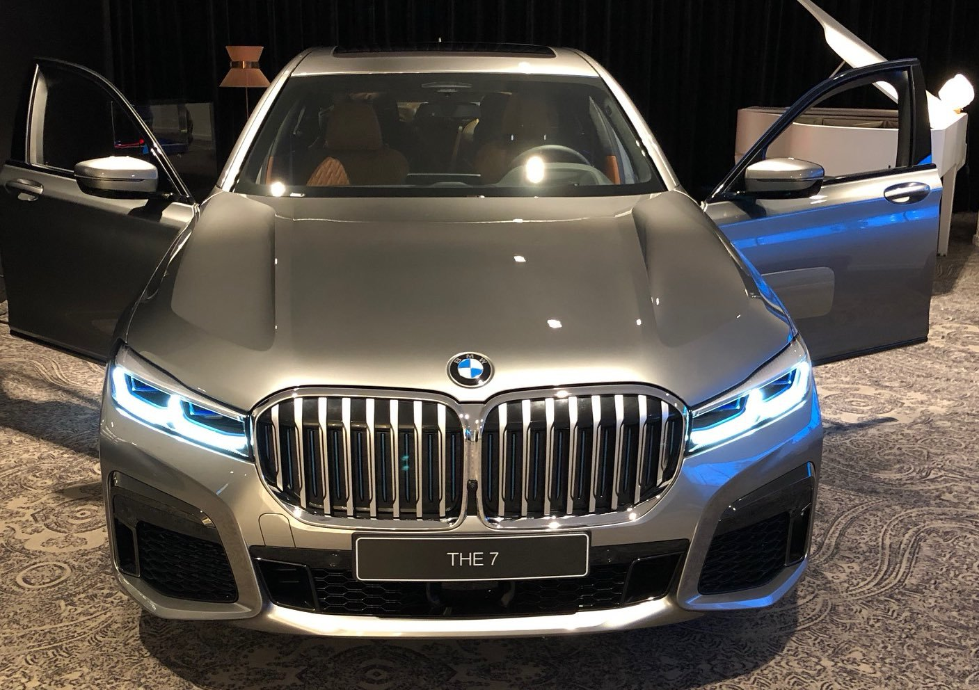 BMW 7 Series facelift 2019 leaked official images (7)