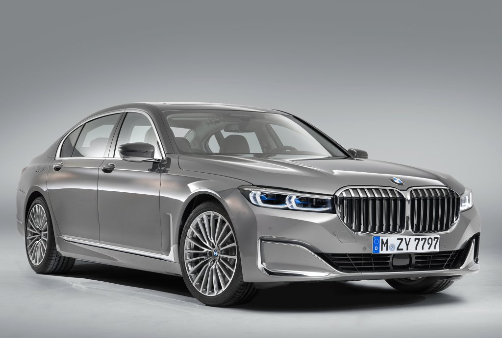 BMW 7-Series Facelift 2019 leaked photos (1)