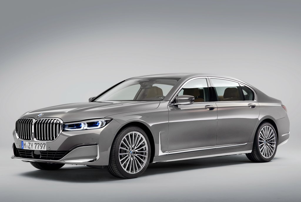 BMW 7-Series Facelift 2019 leaked photos (4)
