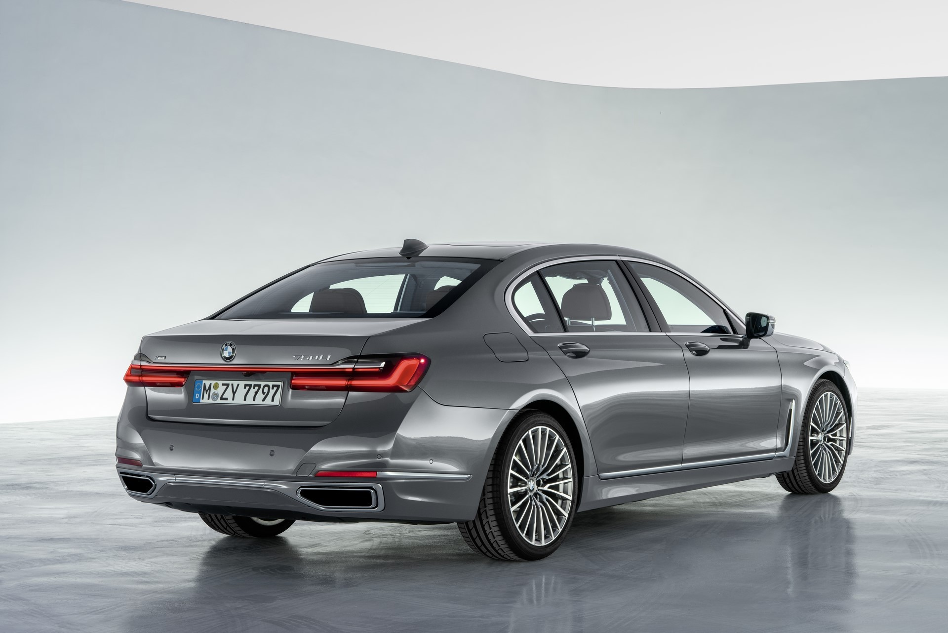 BMW 7-Series facelift 2019 (12)