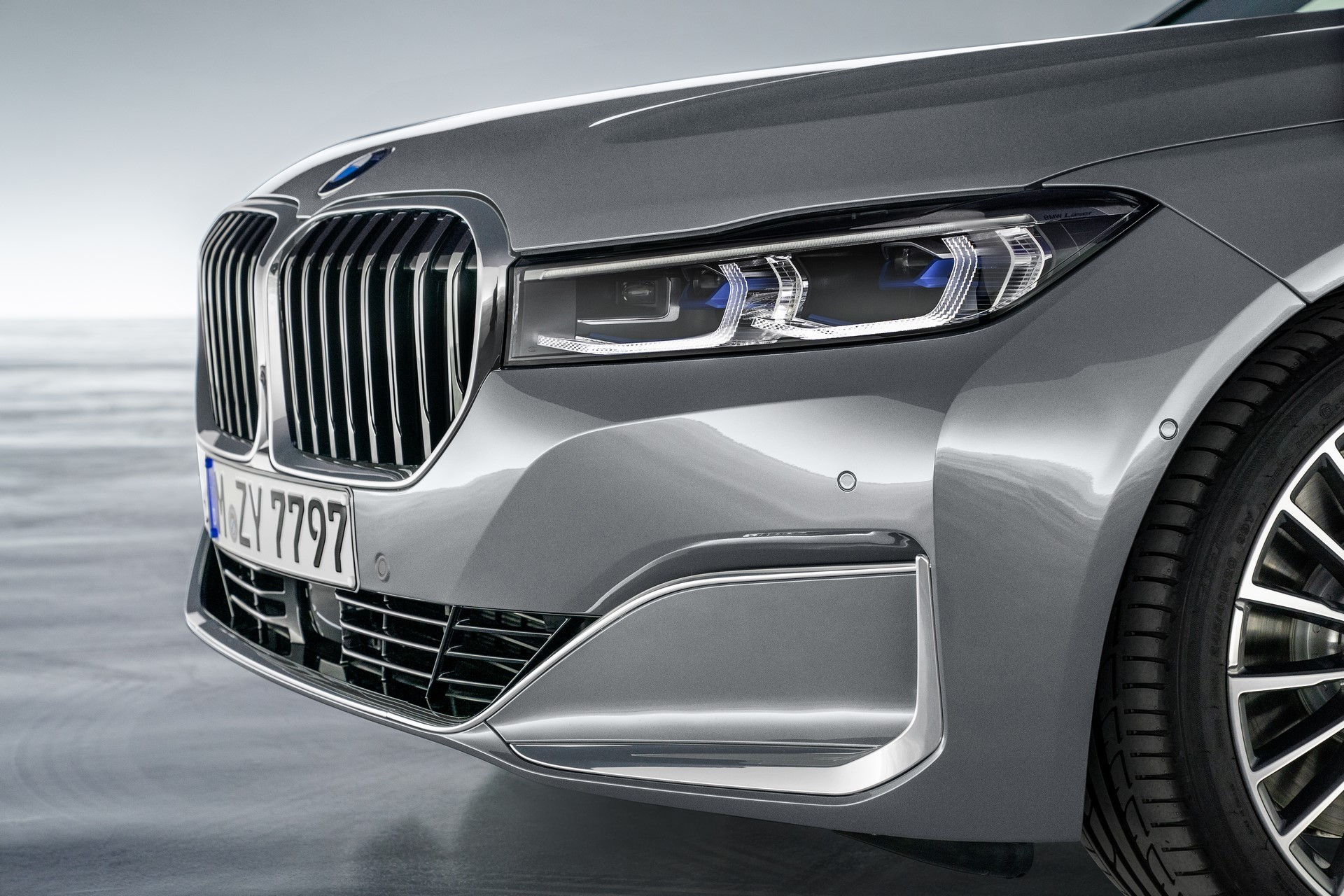 BMW 7-Series facelift 2019 (14)