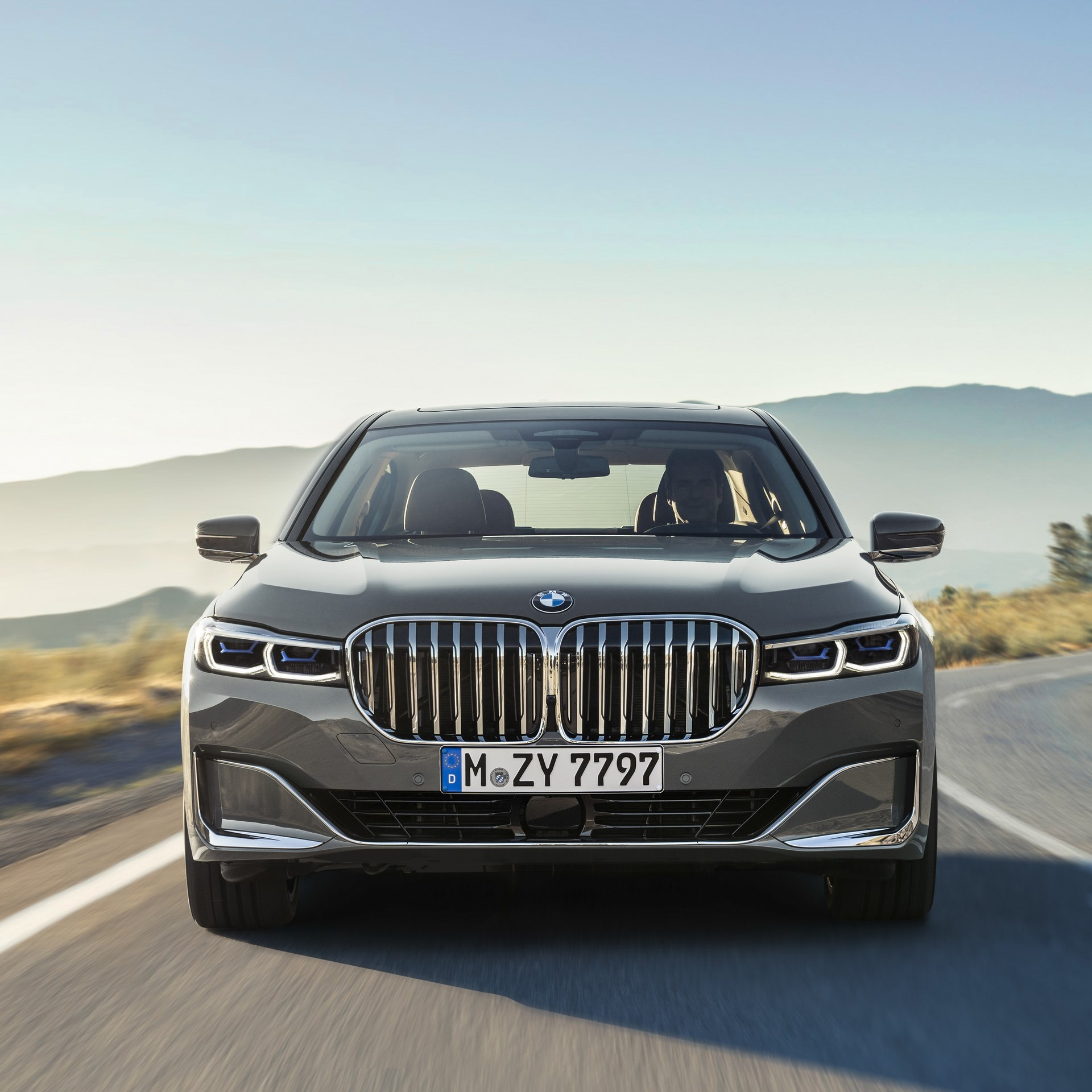 BMW 7-Series facelift 2019 (16)