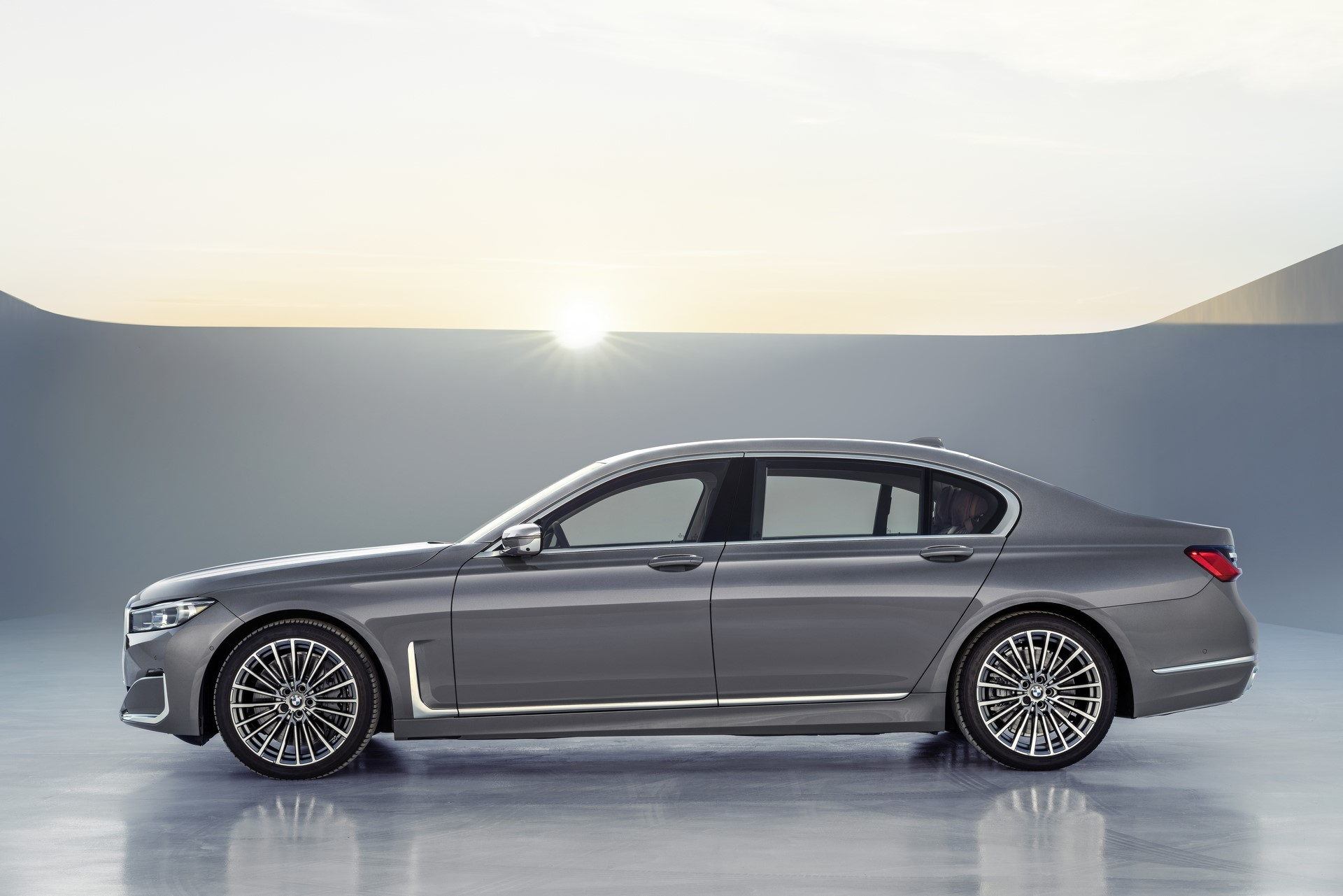 BMW 7-Series facelift 2019 (3)