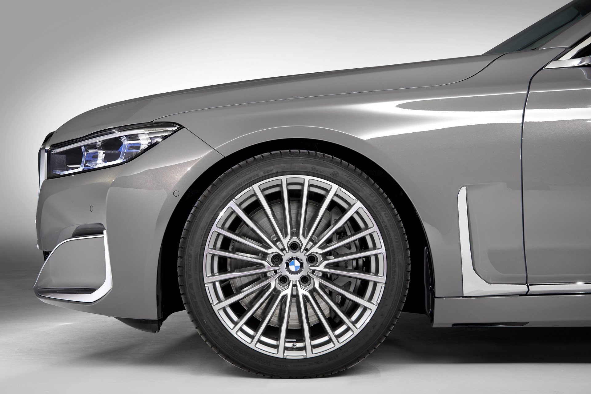 BMW 7-Series facelift 2019 (47)