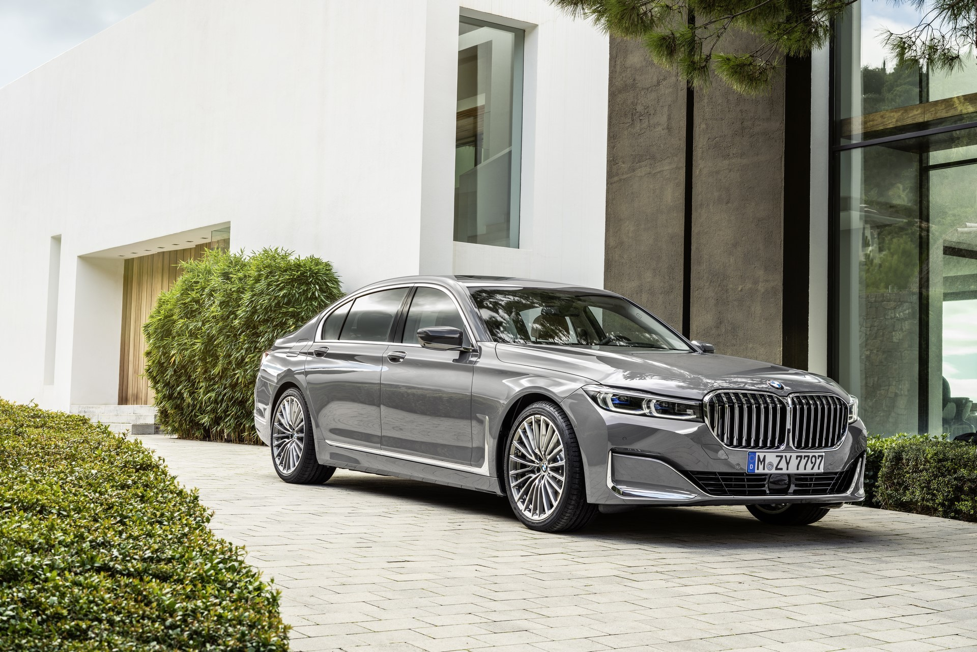 BMW 7-Series facelift 2019 (7)