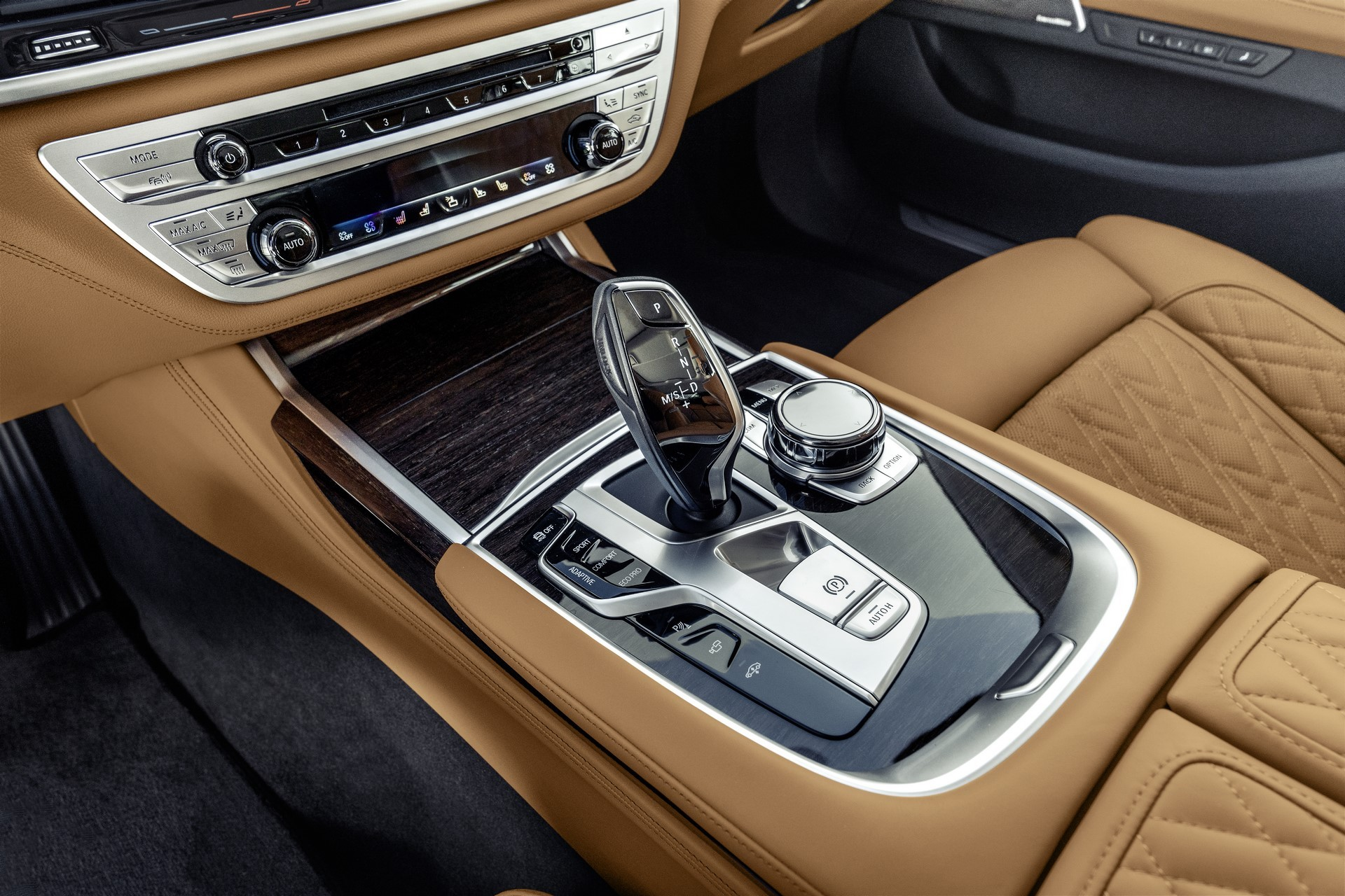 BMW 7-Series facelift 2019 (78)