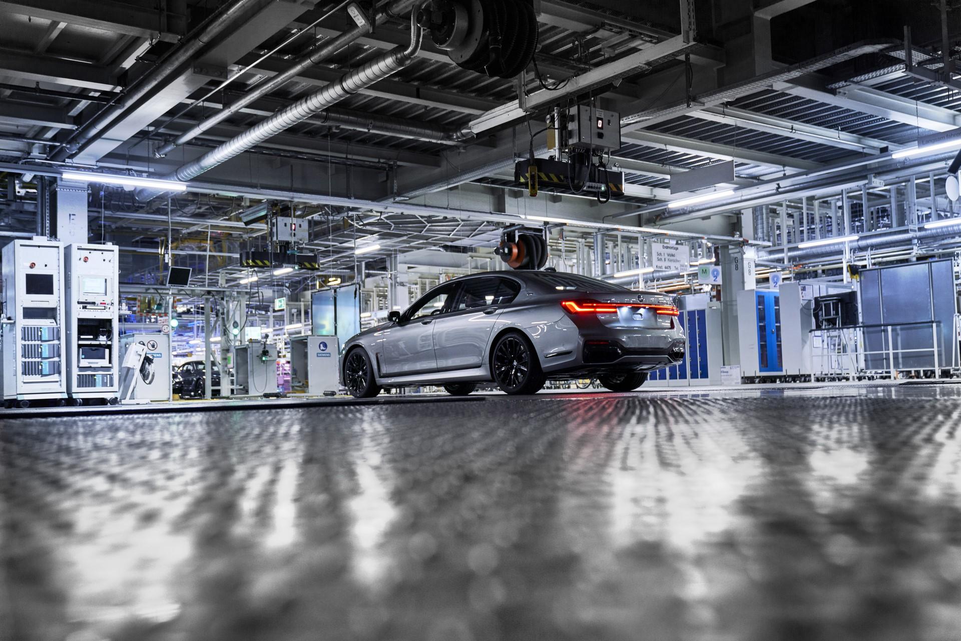 BMW 7-Series facelift production start plants (11)