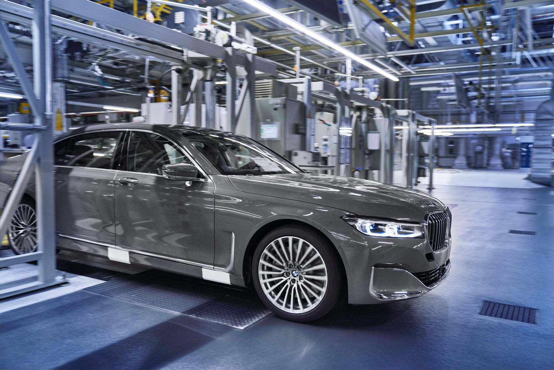 BMW 7-Series facelift production start plants (12)