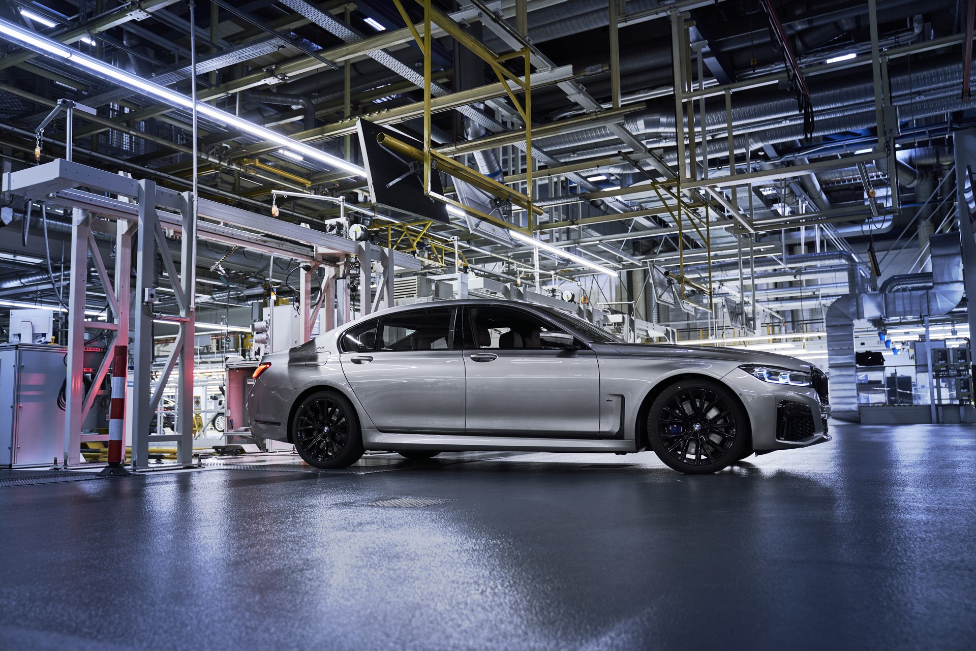 BMW 7-Series facelift production start plants (5)