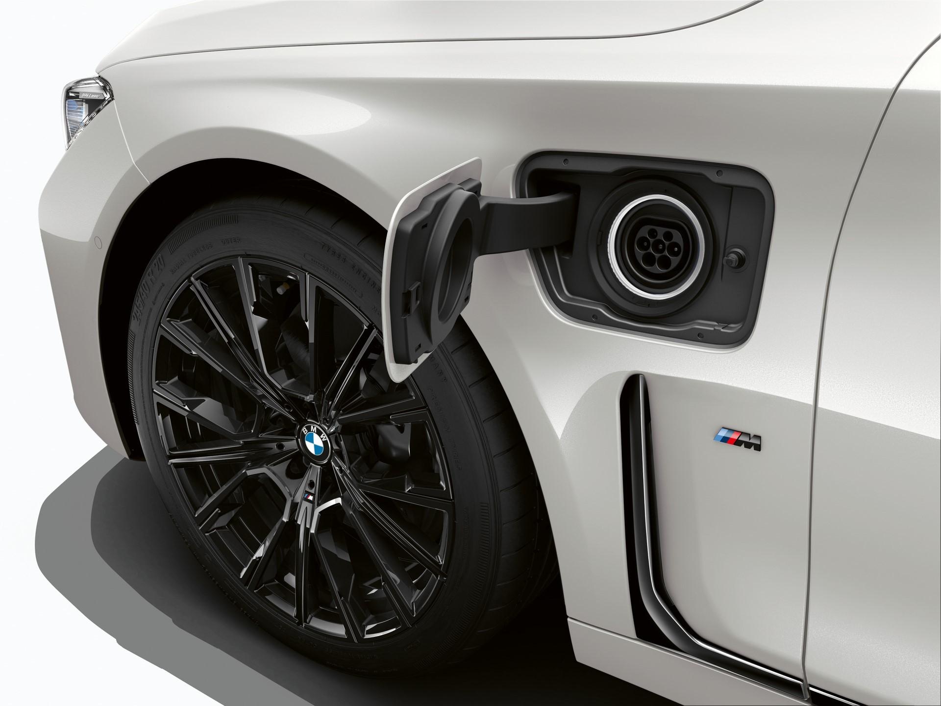 BMW745e 745Le 745Le xDrive 2019 (16)