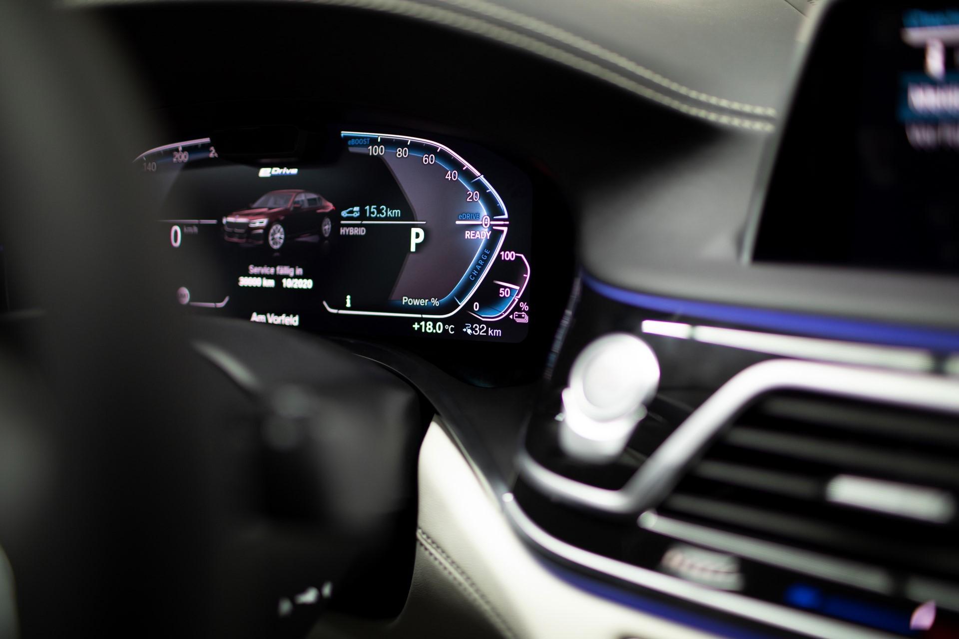 BMW745e 745Le 745Le xDrive 2019 (19)