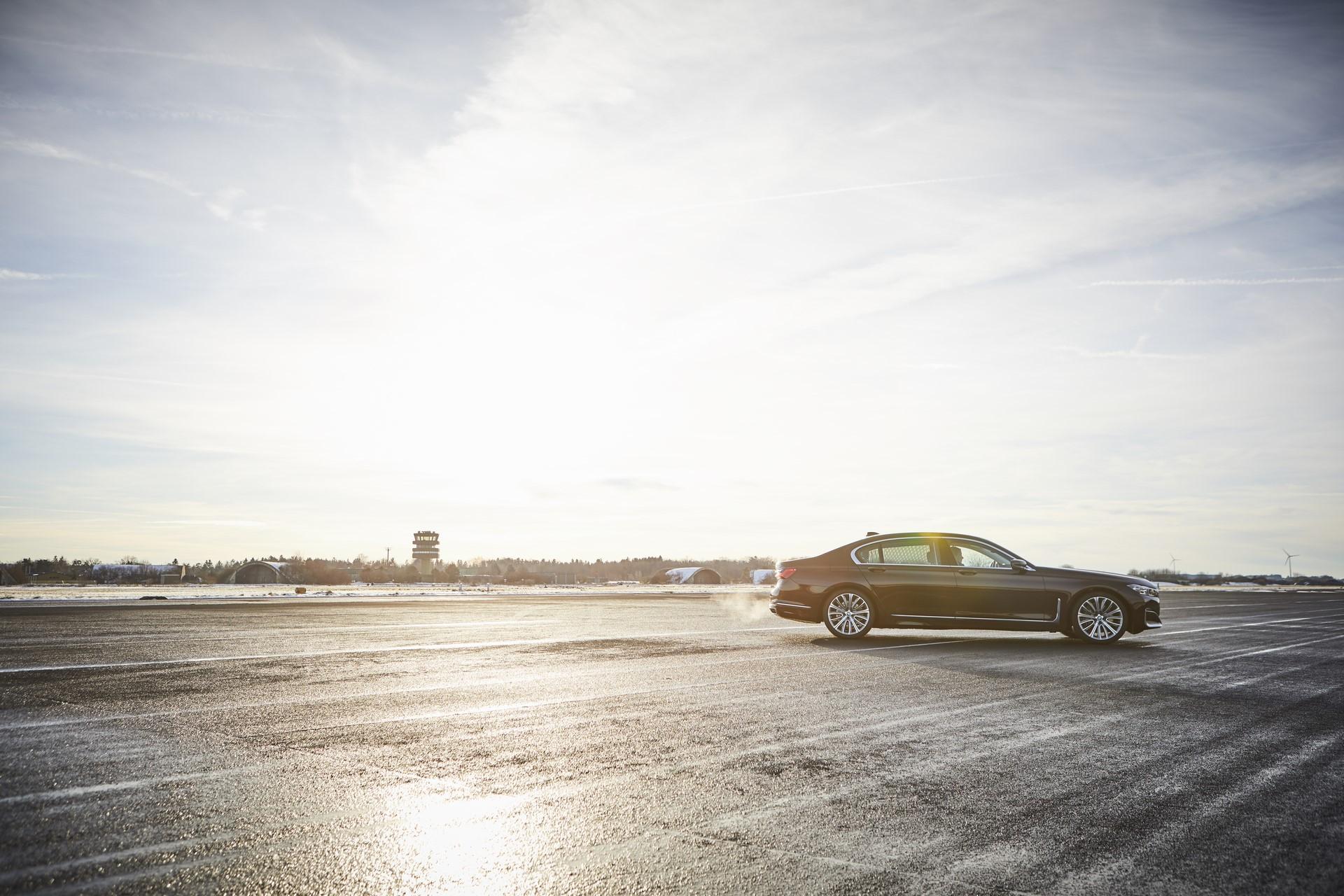 BMW745e 745Le 745Le xDrive 2019 (21)