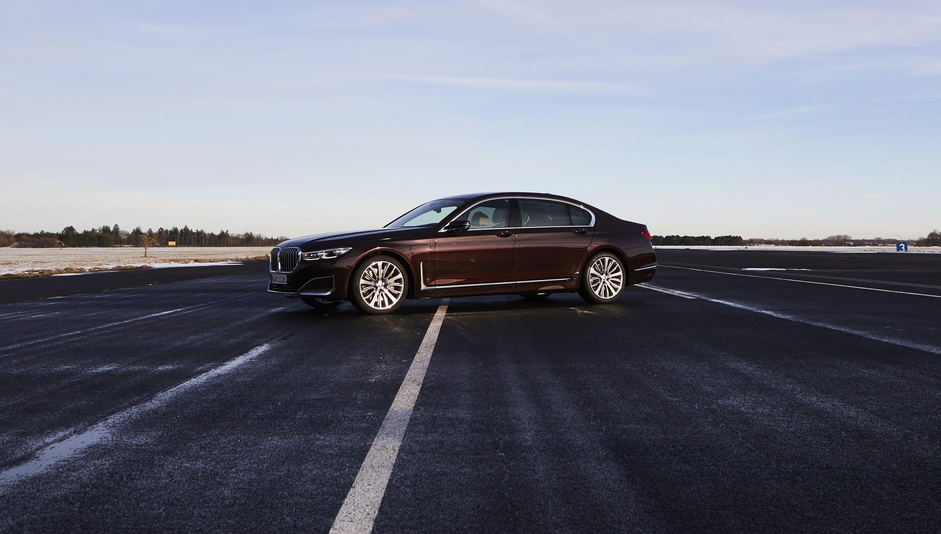 BMW745e 745Le 745Le xDrive 2019 (23)
