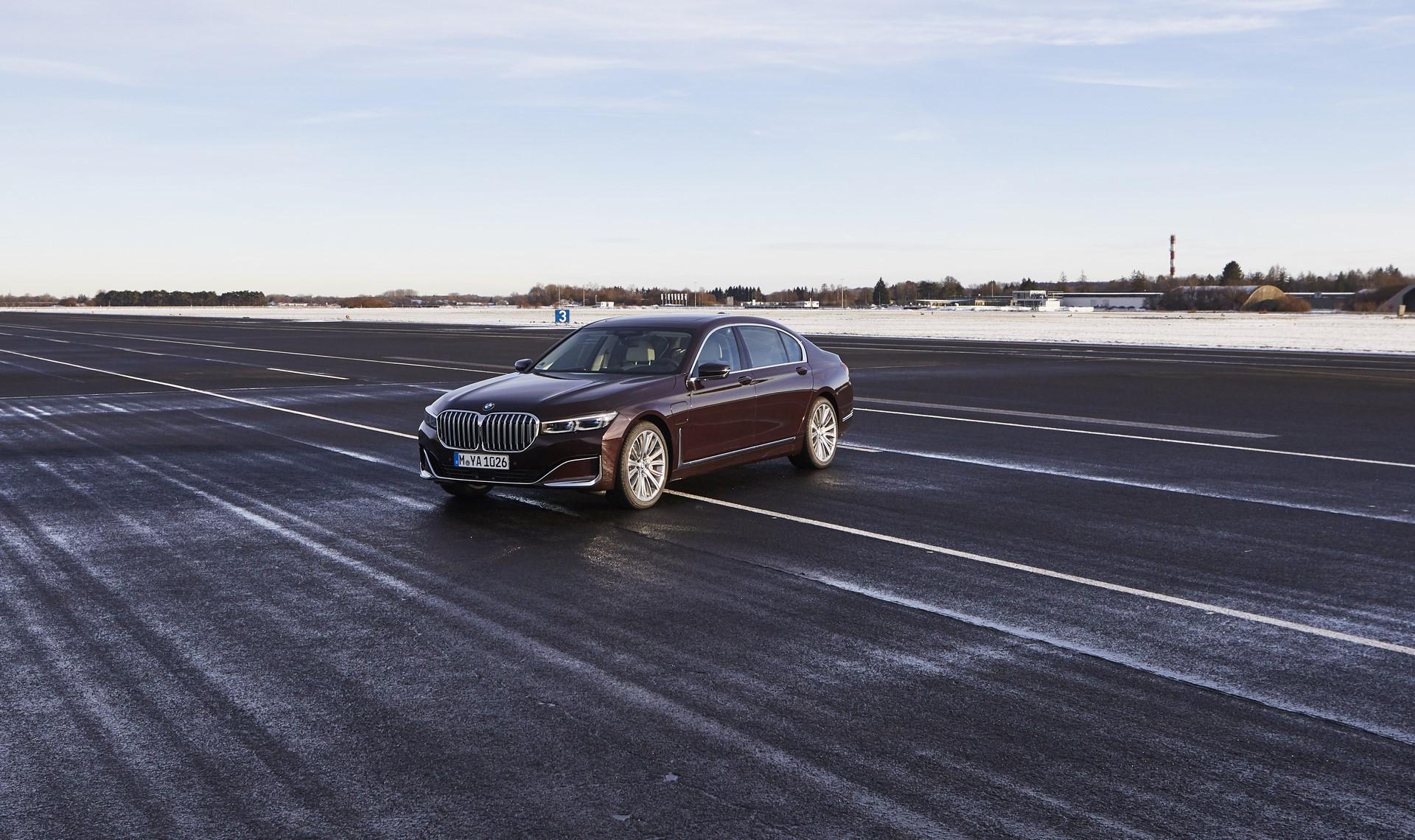 BMW745e 745Le 745Le xDrive 2019 (24)