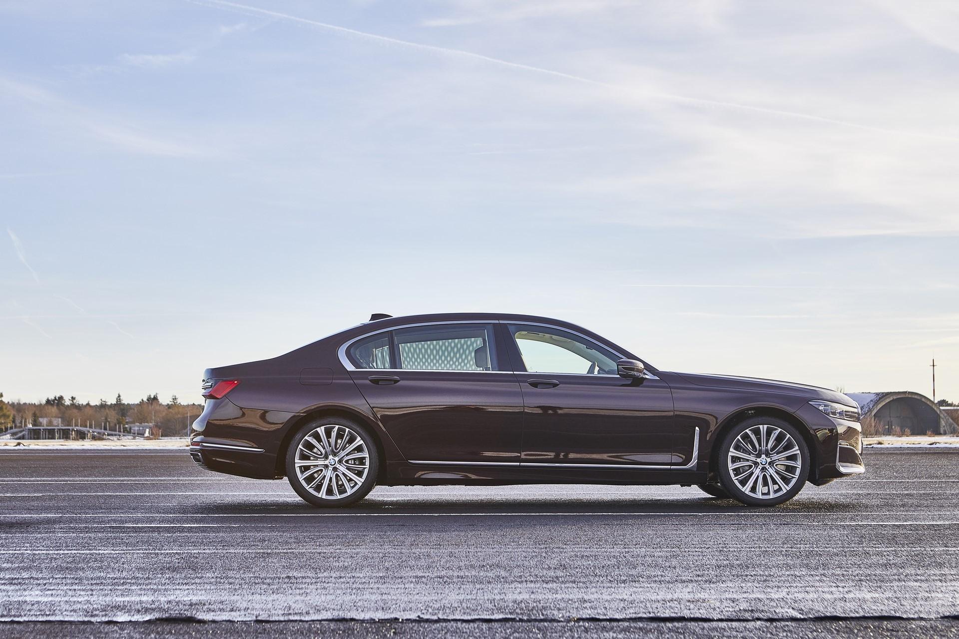 BMW745e 745Le 745Le xDrive 2019 (26)
