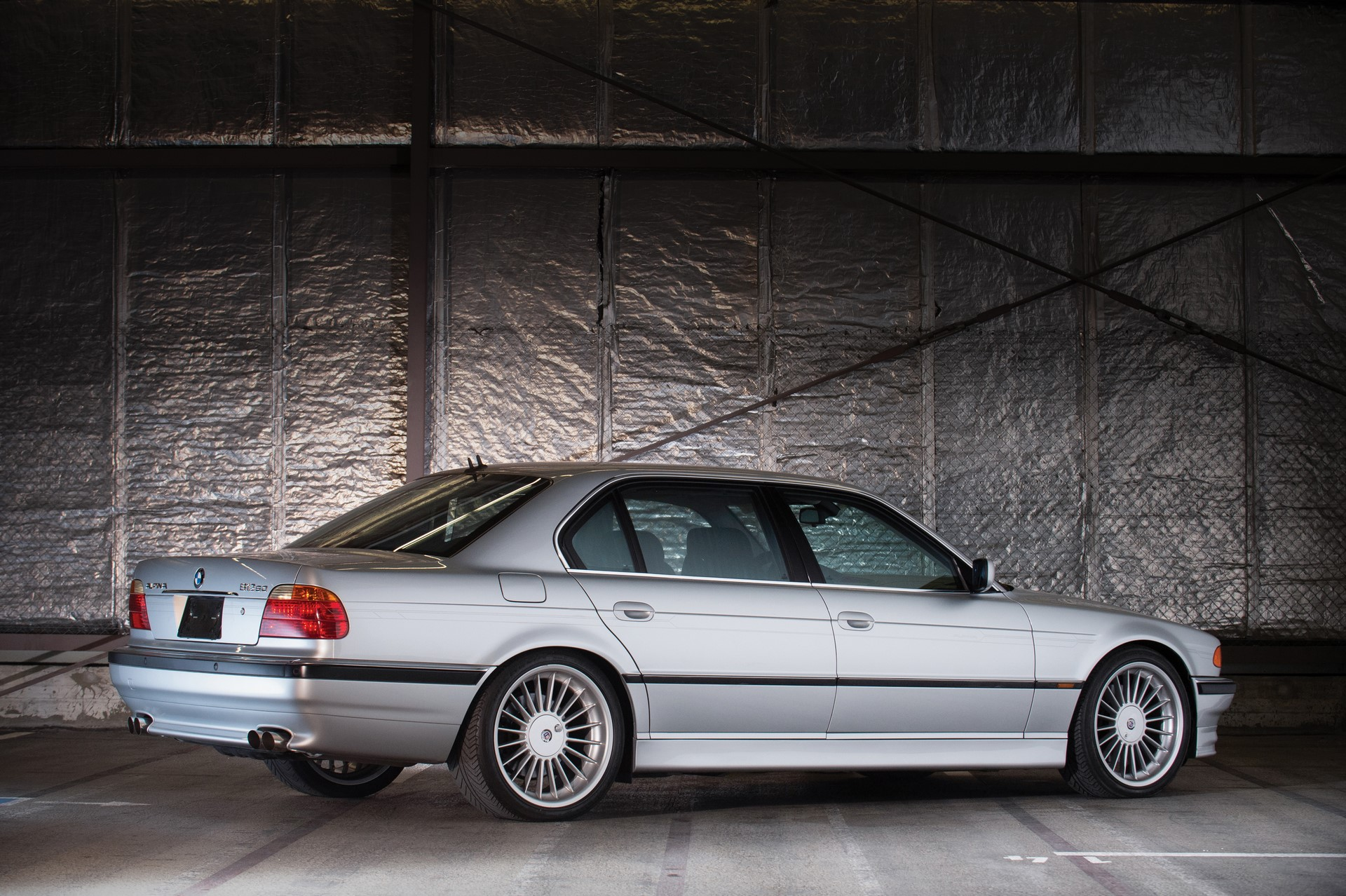 2000-BMW-Alpina-B12-6-0-Langversion_1