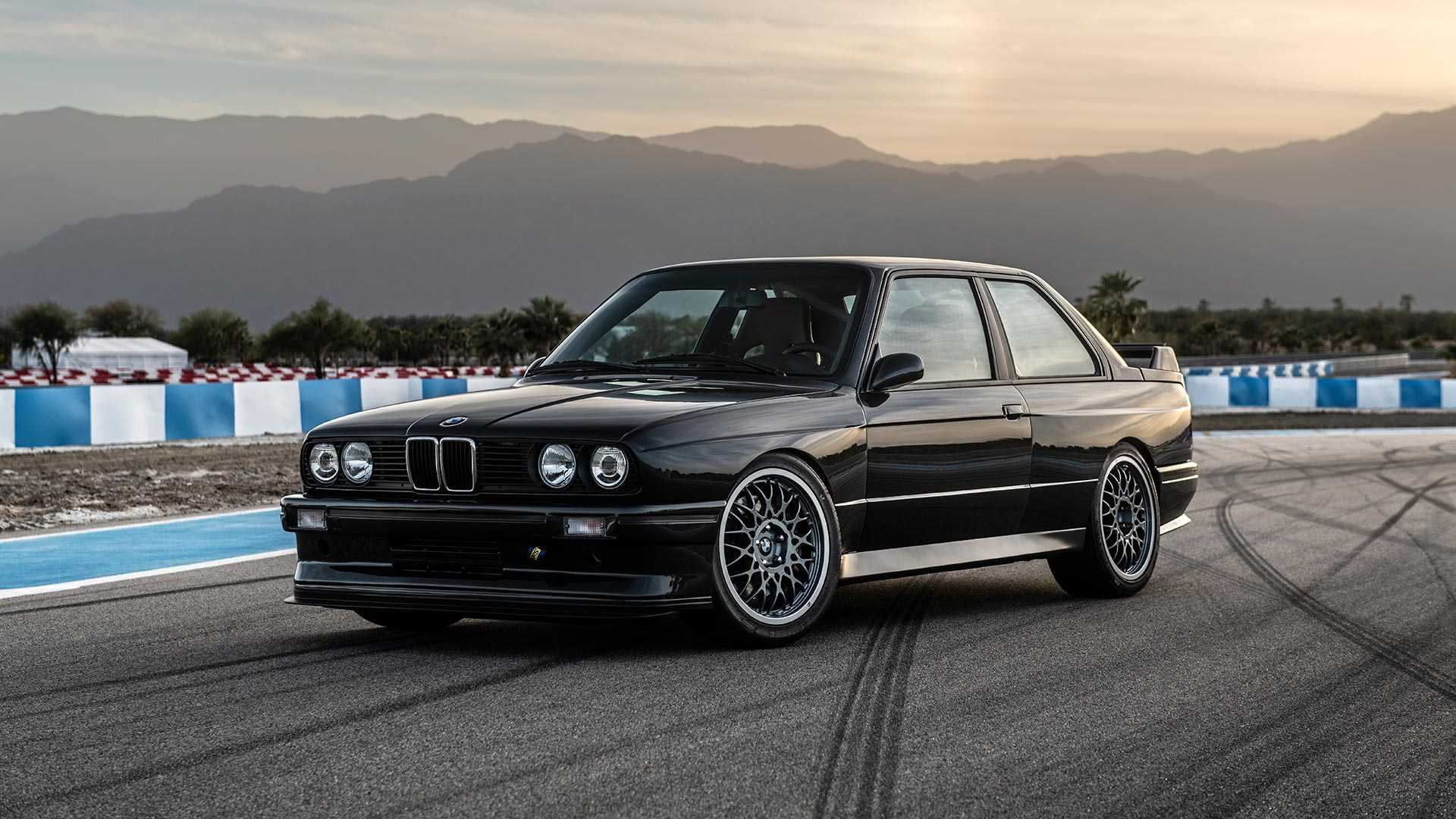 BMW_E30_M3_by_Redux_0001