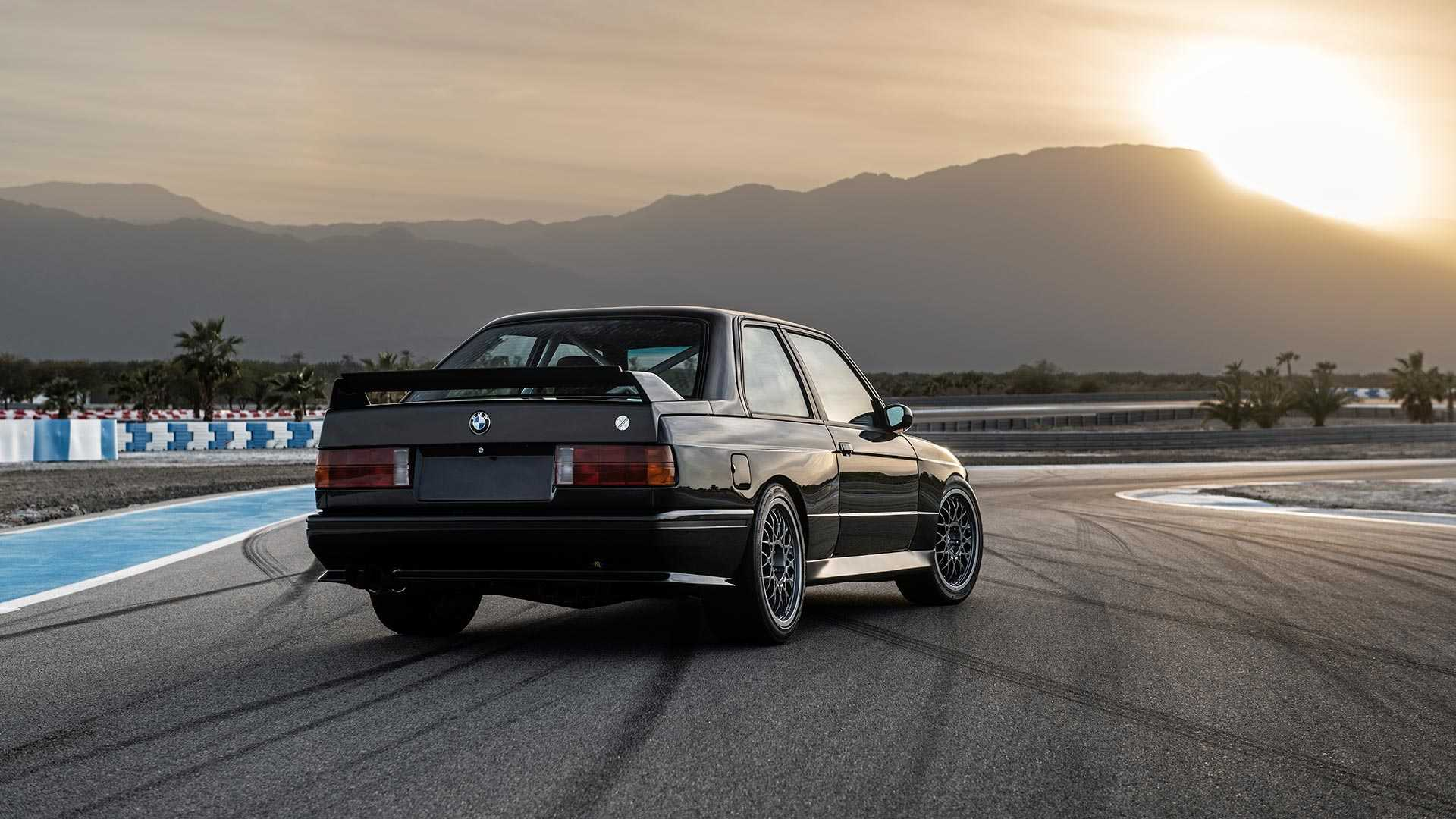 BMW_E30_M3_by_Redux_0015
