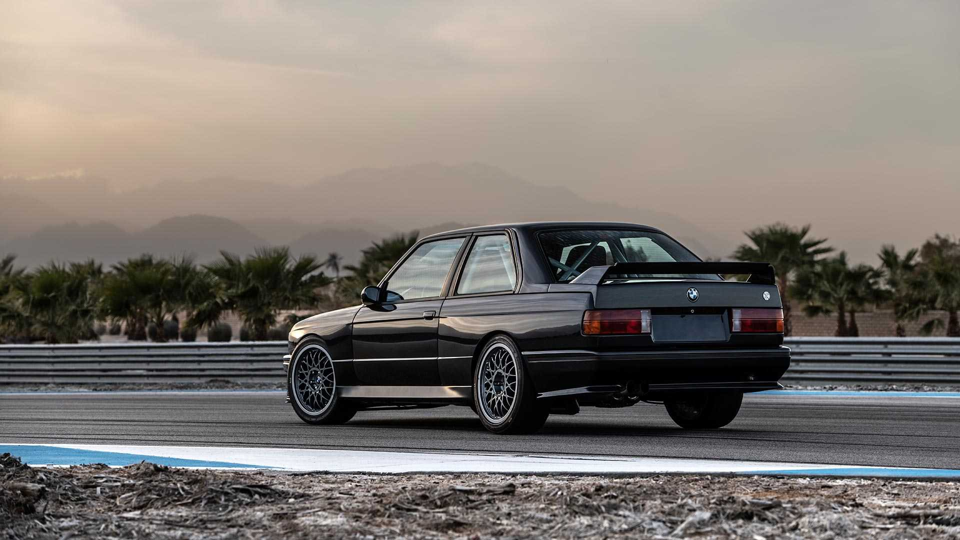 BMW_E30_M3_by_Redux_0017