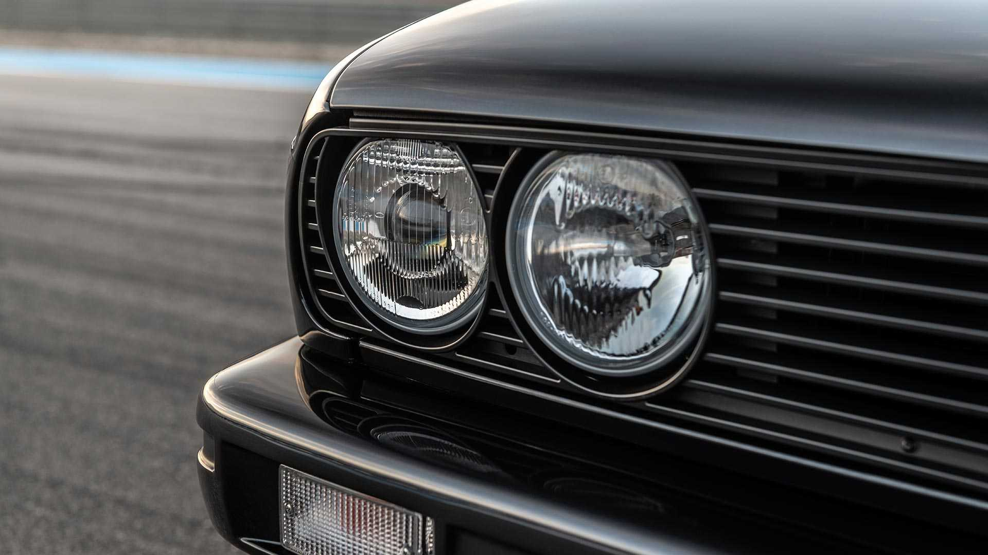 BMW_E30_M3_by_Redux_0022