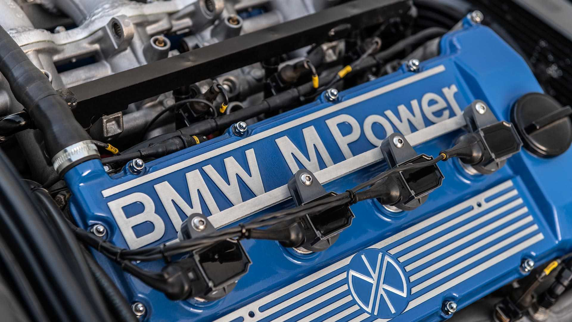 BMW_E30_M3_by_Redux_0032