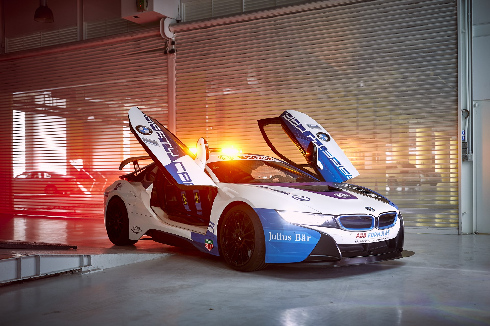 BMW i8 Formula E safety car 2019 (1)