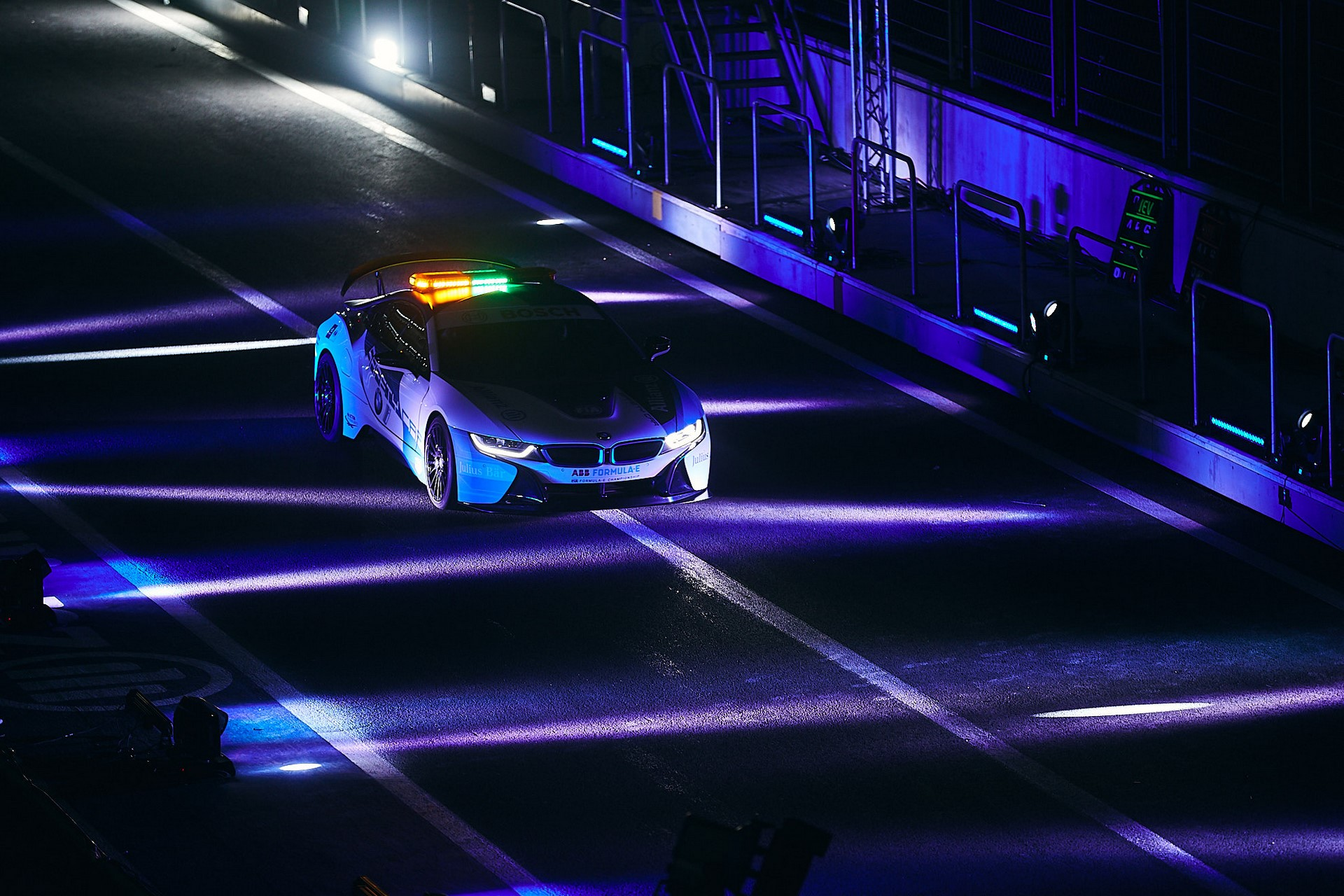 BMW i8 Formula E safety car 2019 (14)