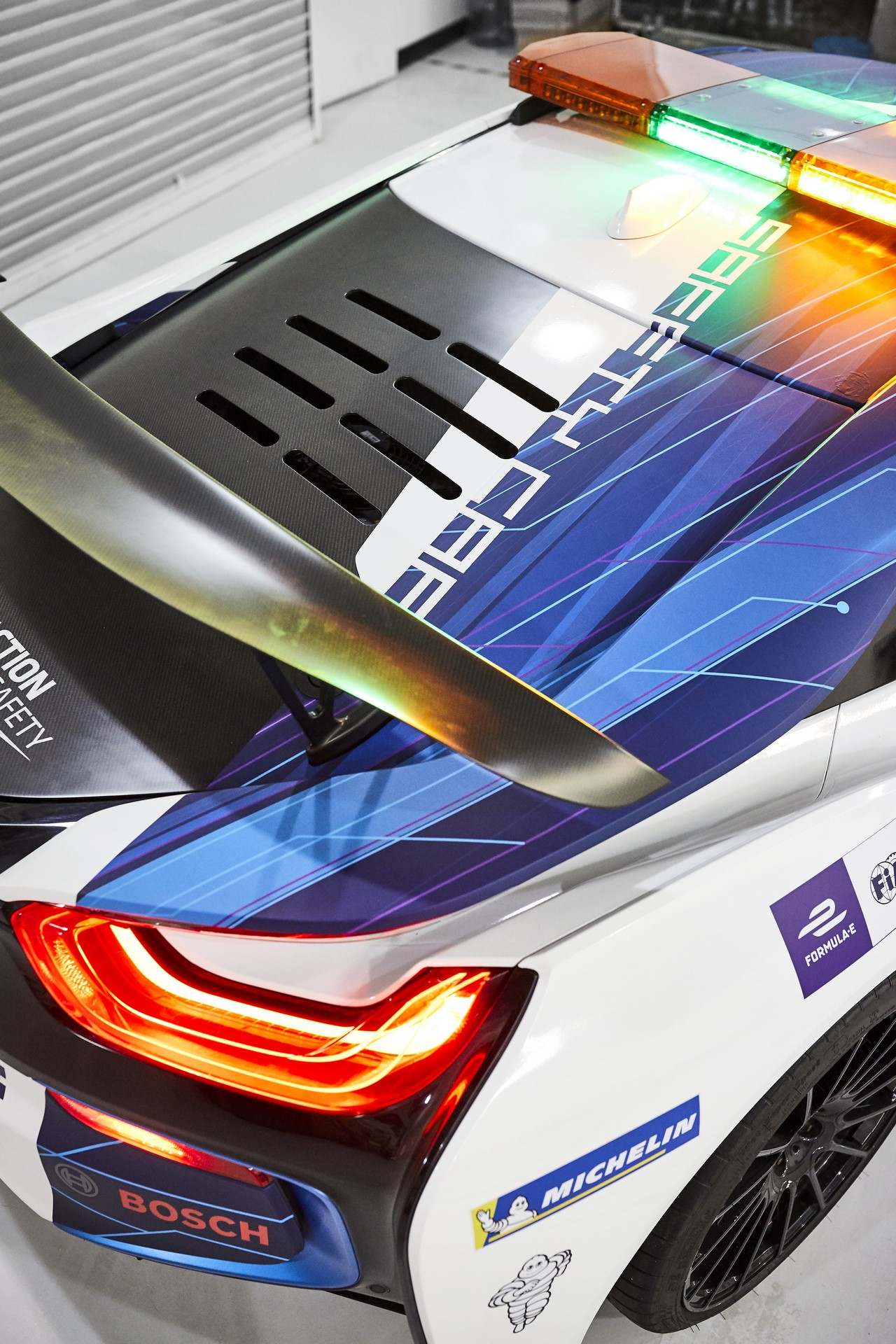 BMW i8 Formula E safety car 2019 (2)