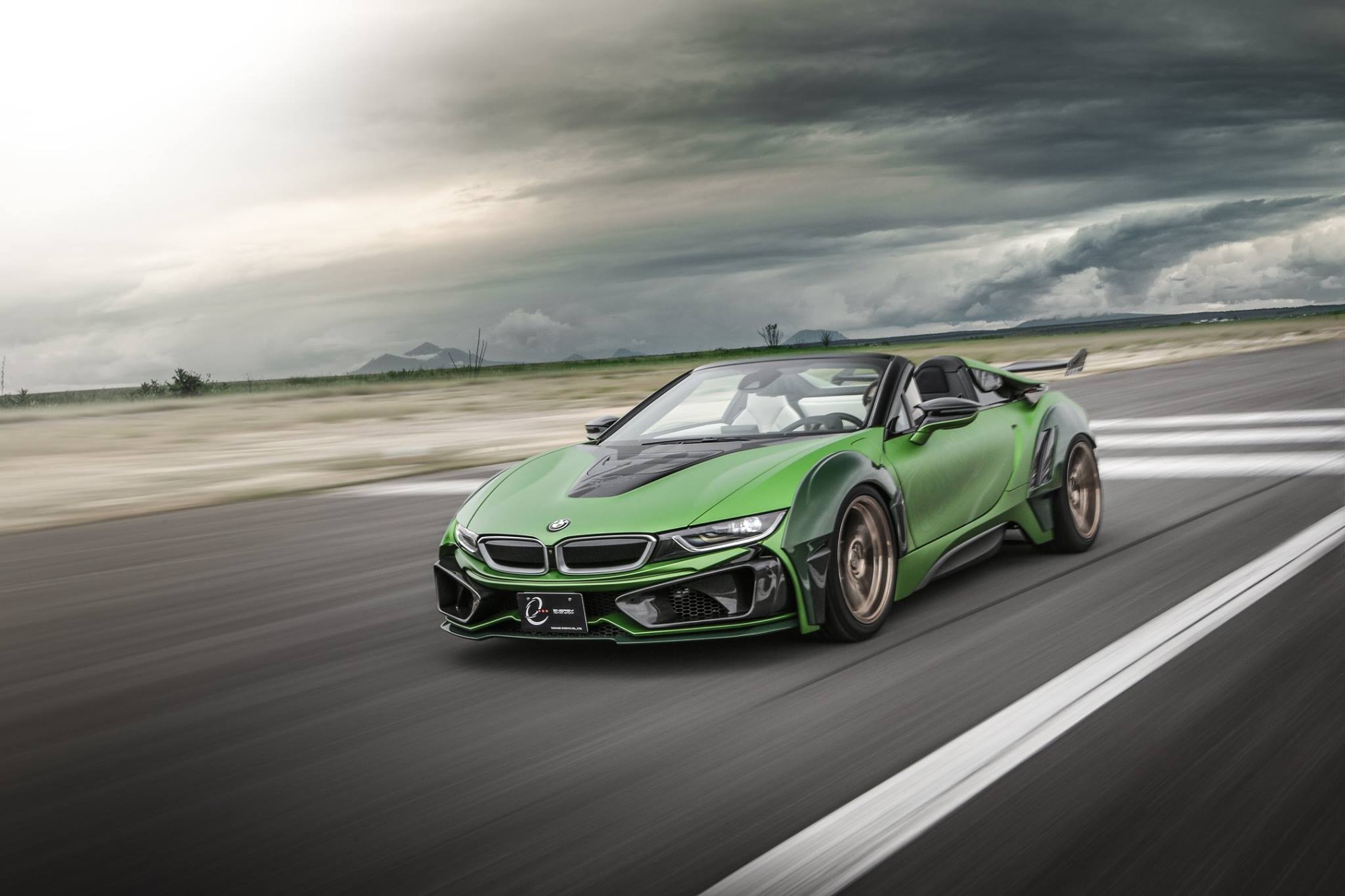 BMW-i8-Roadster-Army-Edition-by-EVE.RYN-1