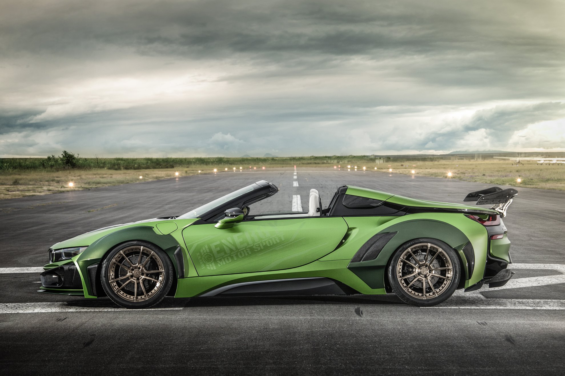 BMW-i8-Roadster-Army-Edition-by-EVE.RYN-11