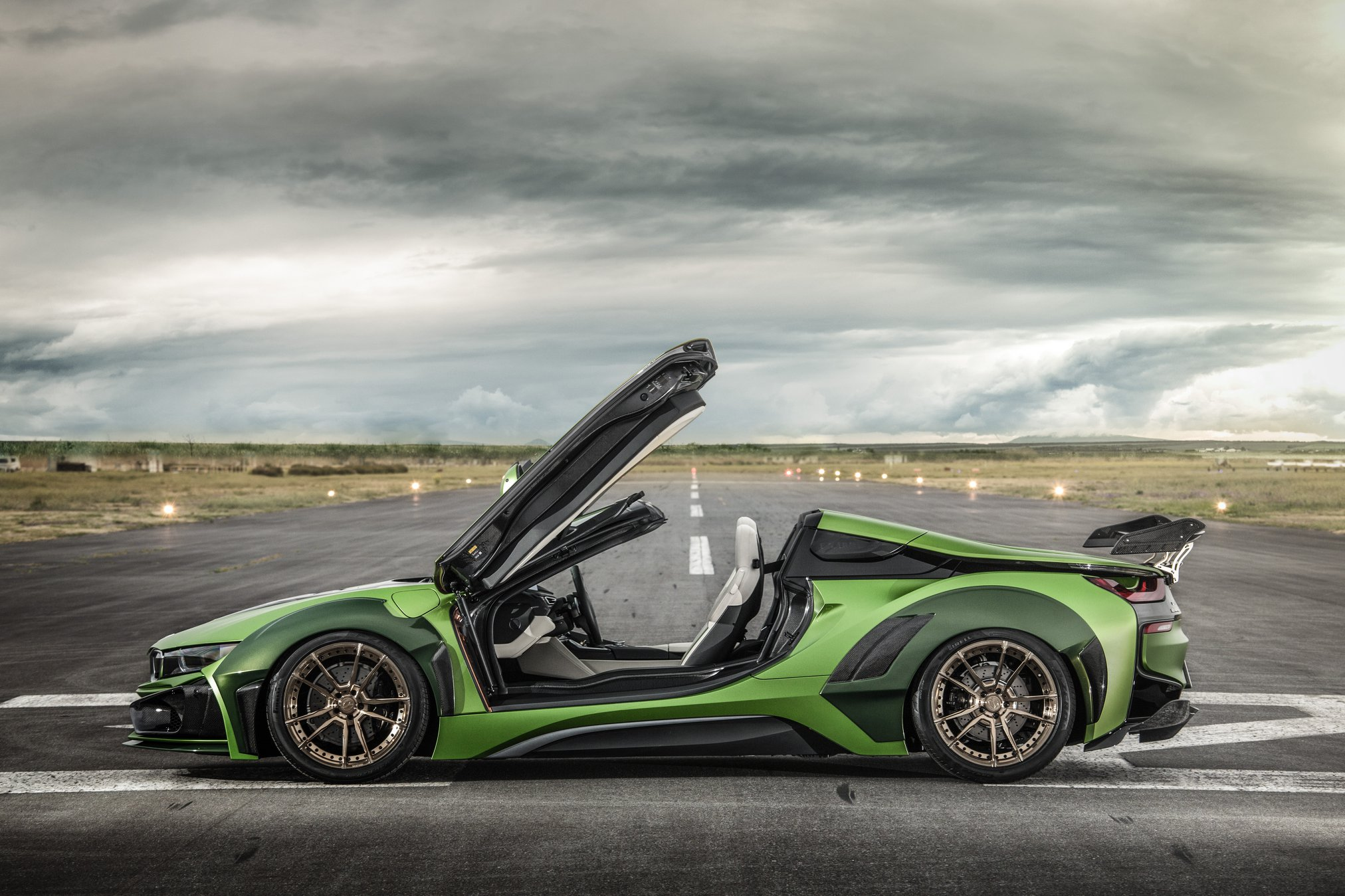 BMW-i8-Roadster-Army-Edition-by-EVE.RYN-12